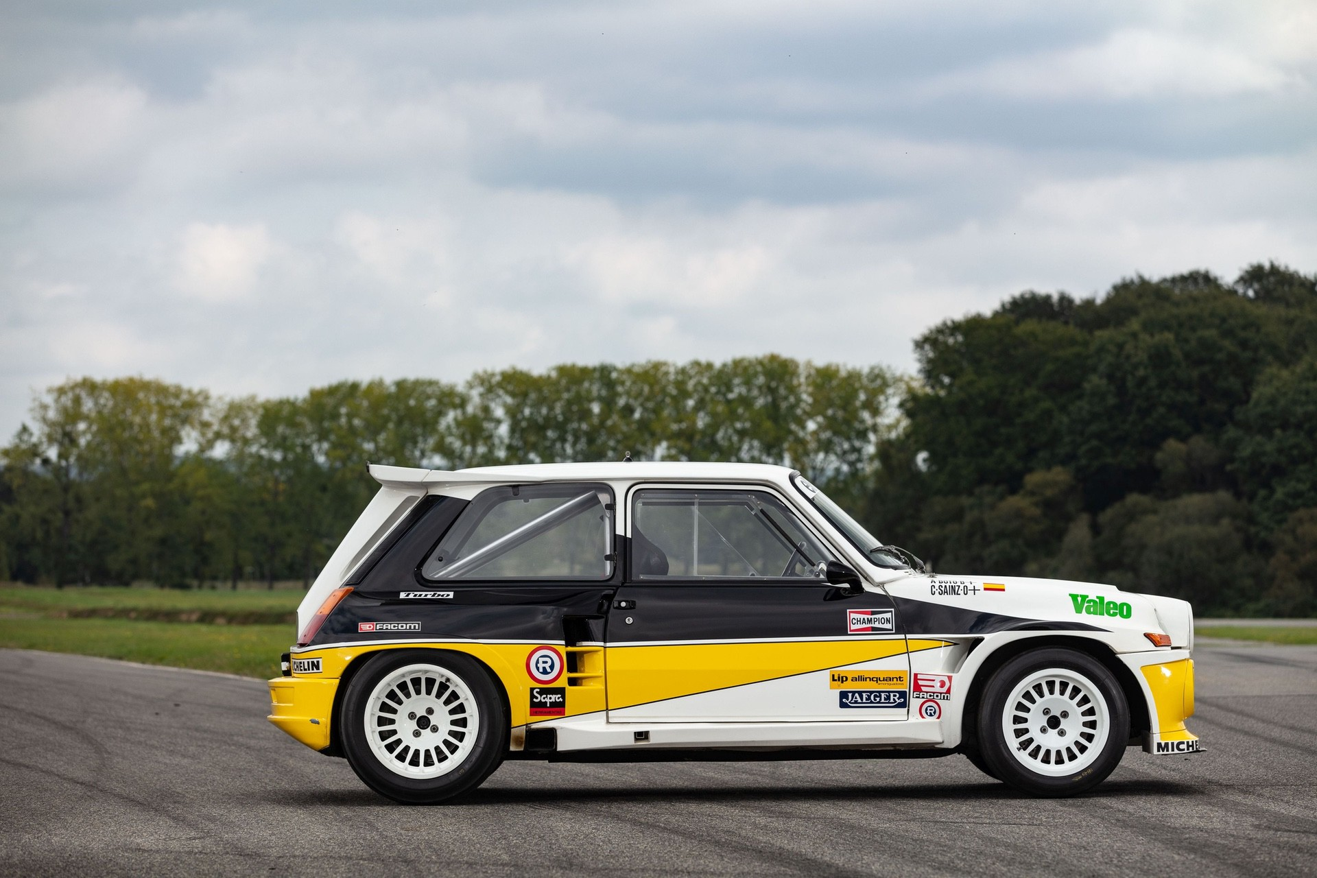 Renault_R5_Maxi_Turbo_ex-Carlos_Sainz-0003