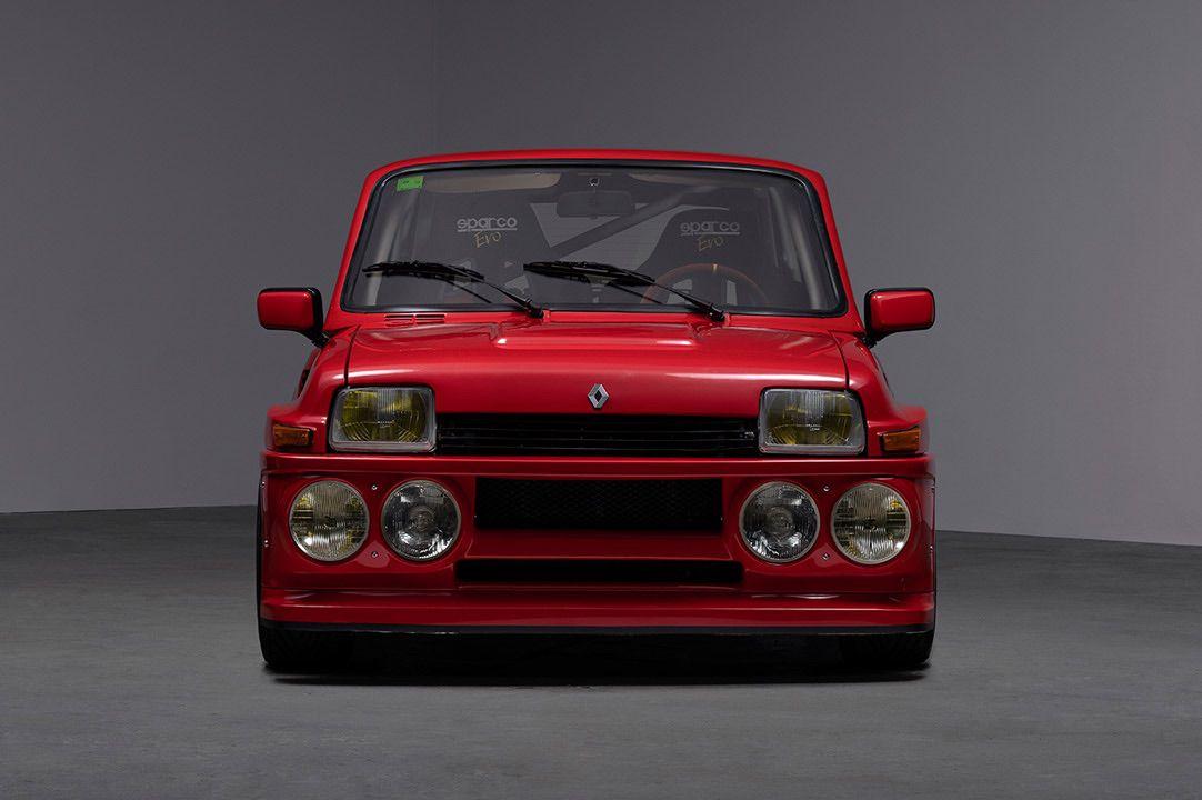 Renault_R5_Turbo_II_Maxi_look-0002