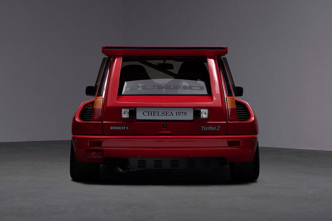 Renault_R5_Turbo_II_Maxi_look-0003