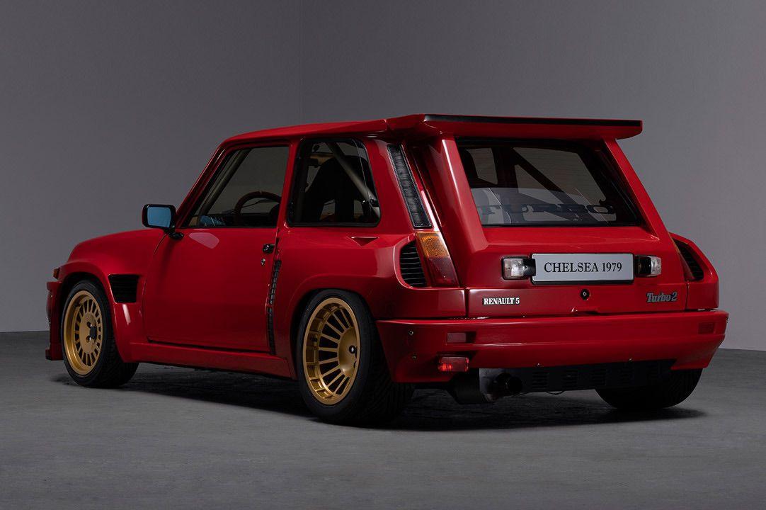 Renault_R5_Turbo_II_Maxi_look-0004