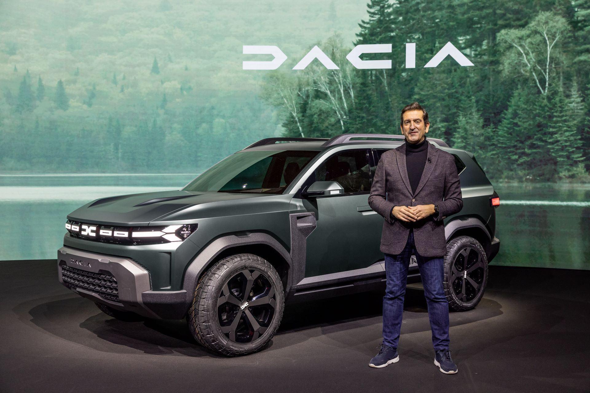 20-2021-Dacia-Bigster-Concept-and-Alejandro-MESONERO-ROMANOS-designer