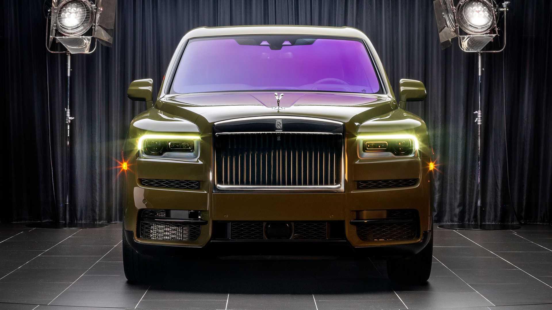 Rolls-Royce-Cullinan-bespoke-colors-12
