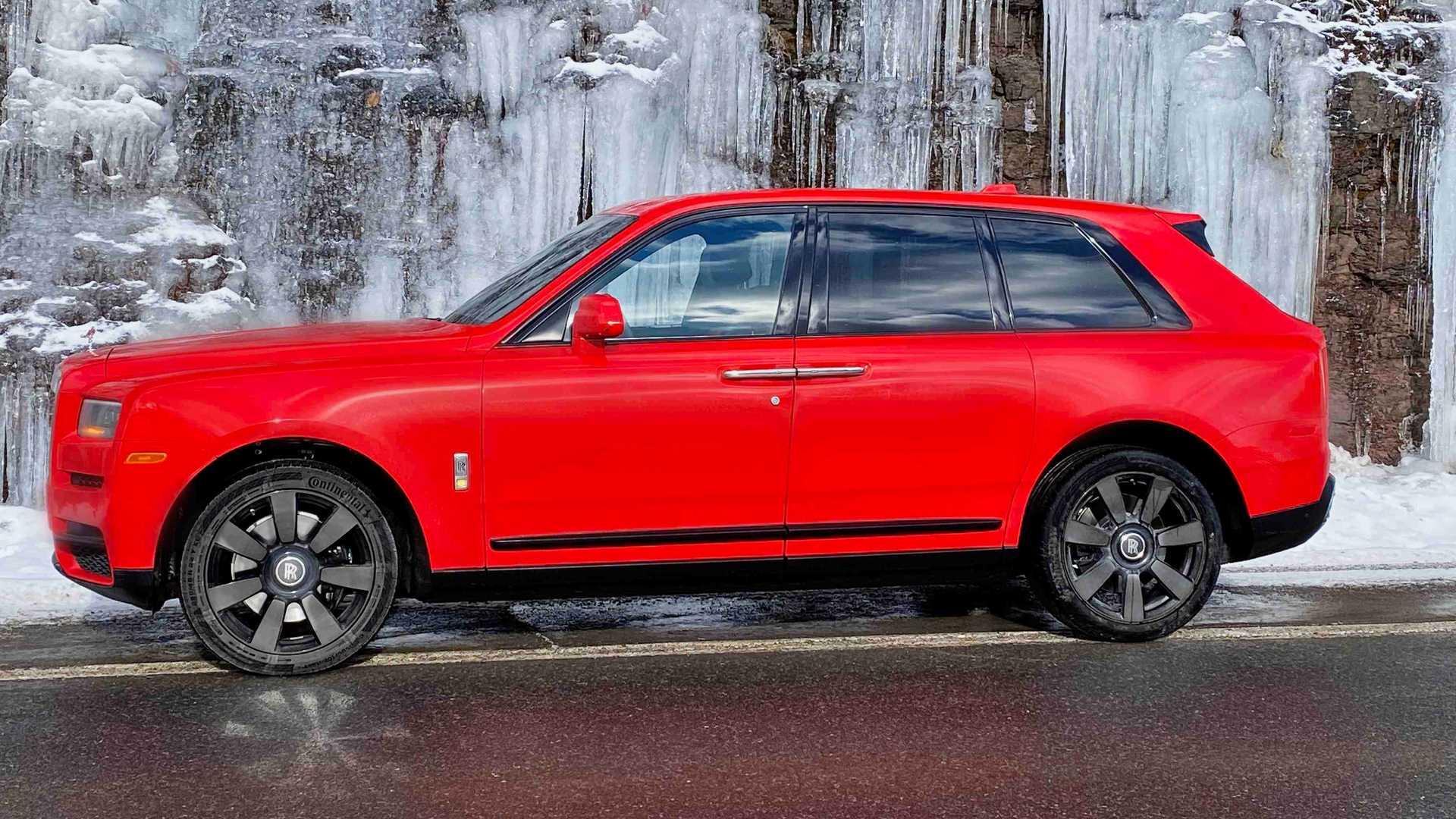 Rolls-Royce-Cullinan-bespoke-colors-17