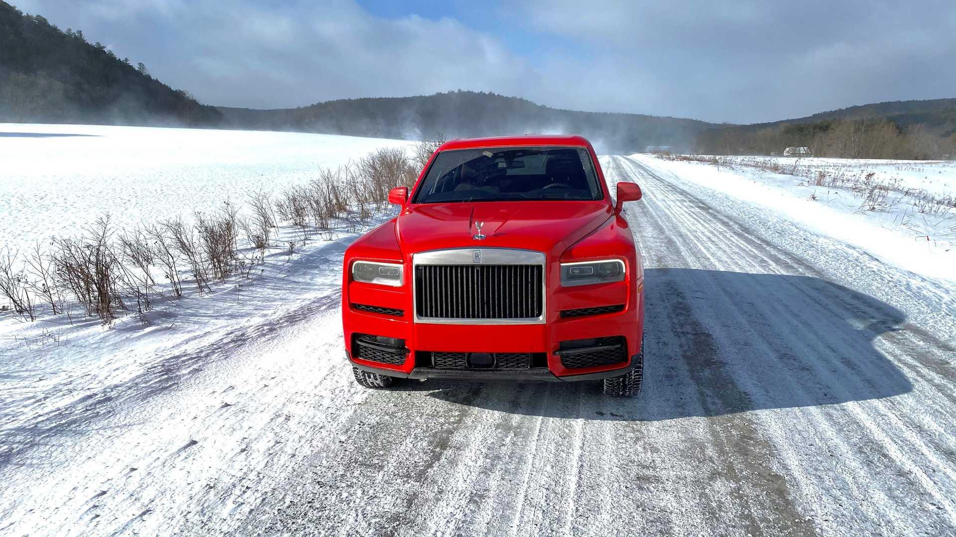 Rolls-Royce-Cullinan-bespoke-colors-18