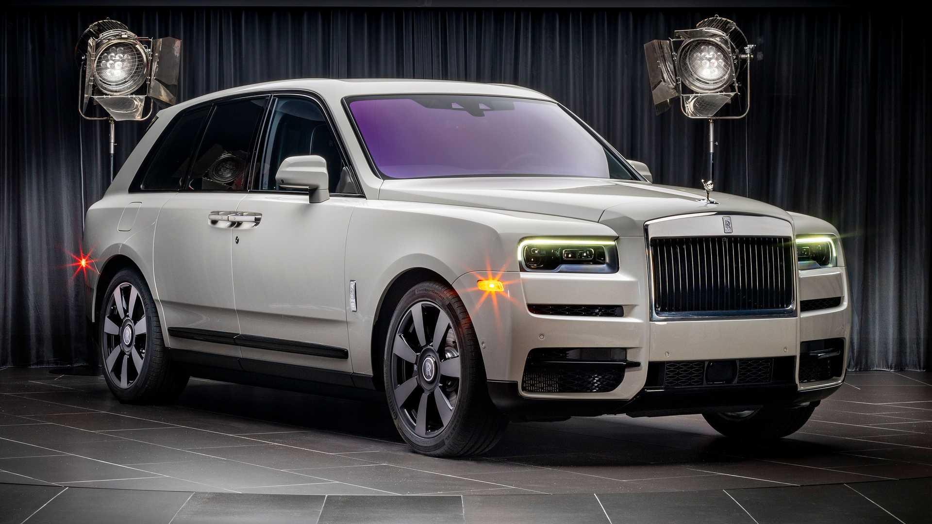 Rolls-Royce-Cullinan-bespoke-colors-5