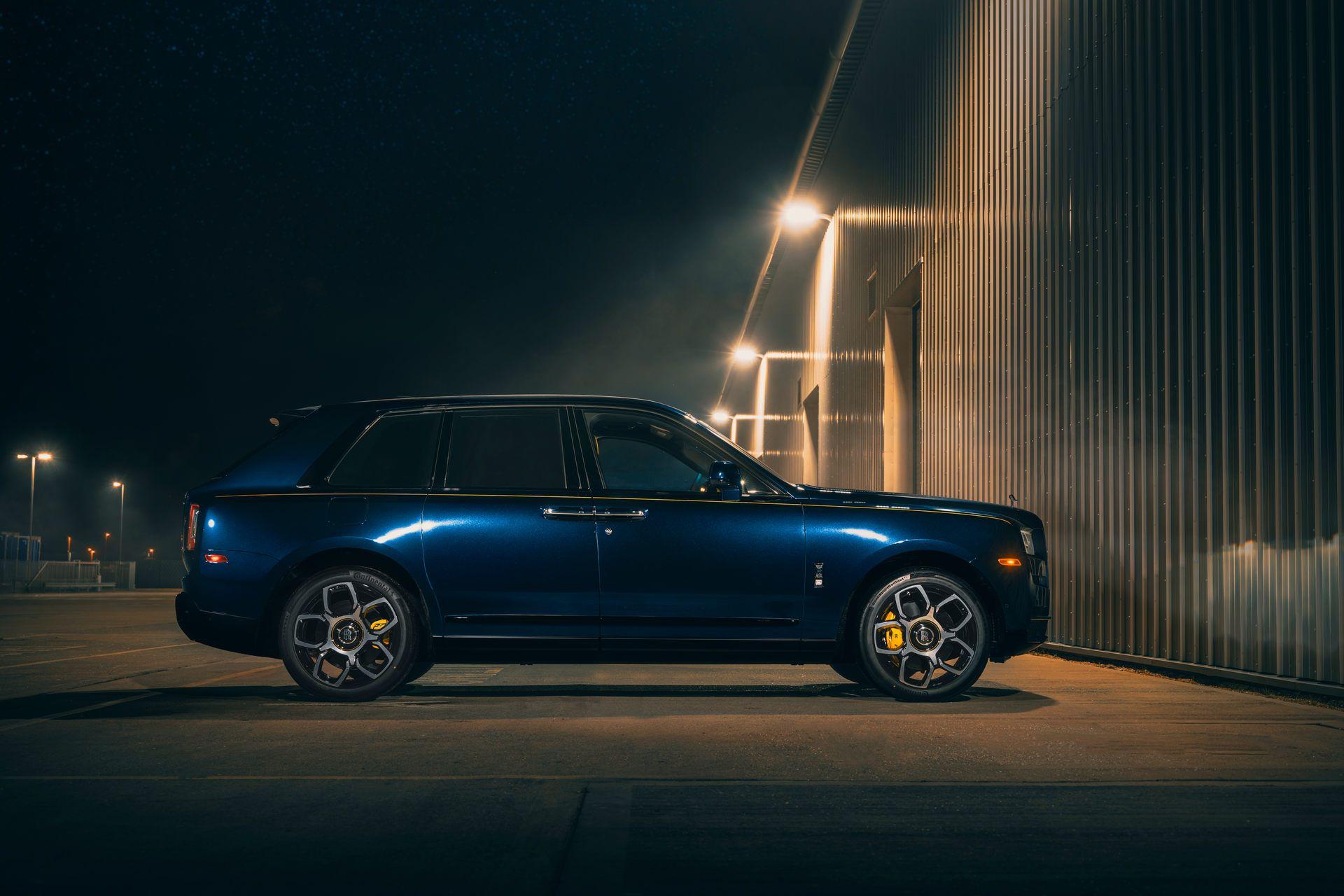 Rolls-Royce-Cullinan-Black-Badge-4