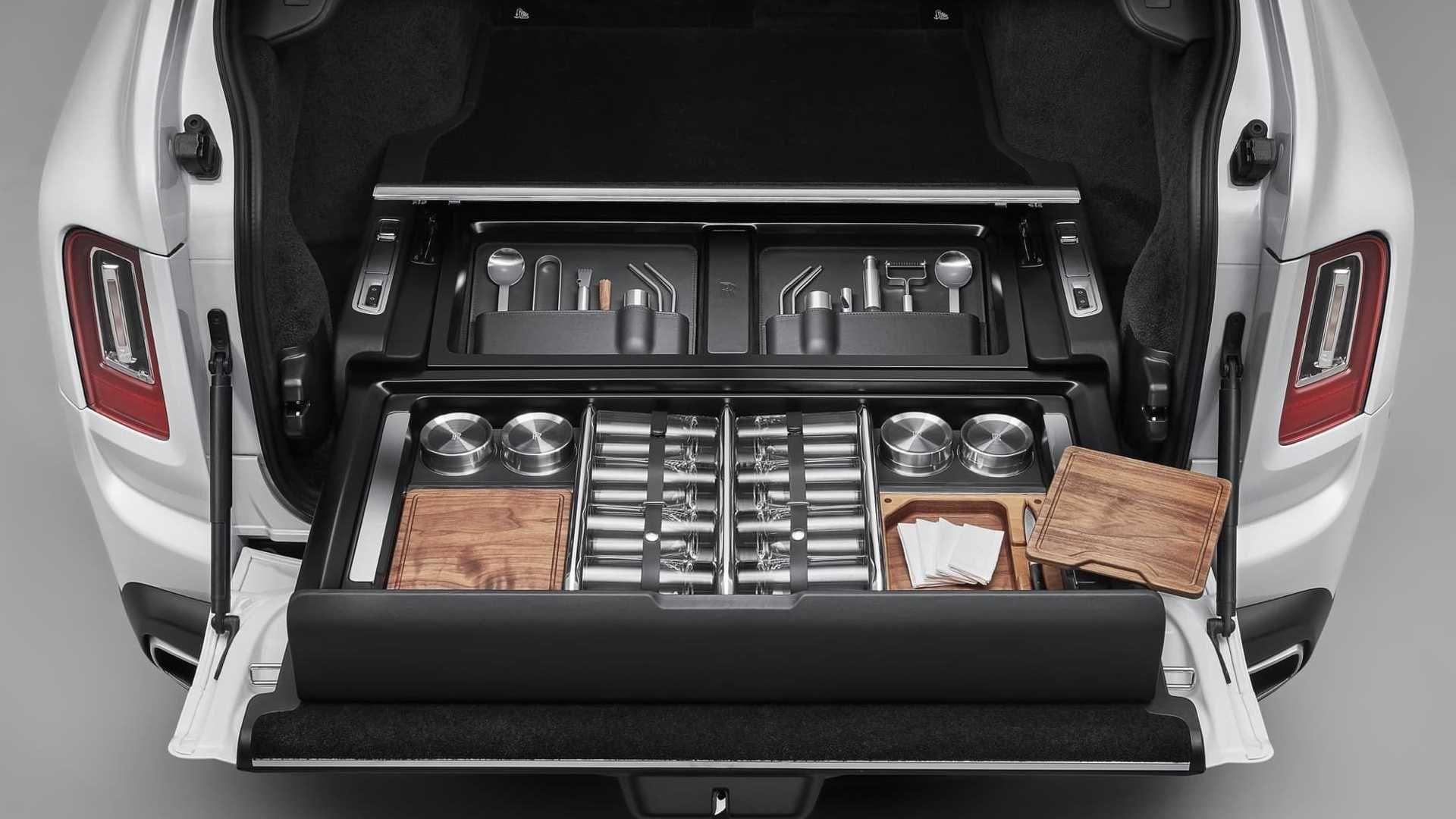Rolls-Royce-Cullinan-Recreation-Module-1
