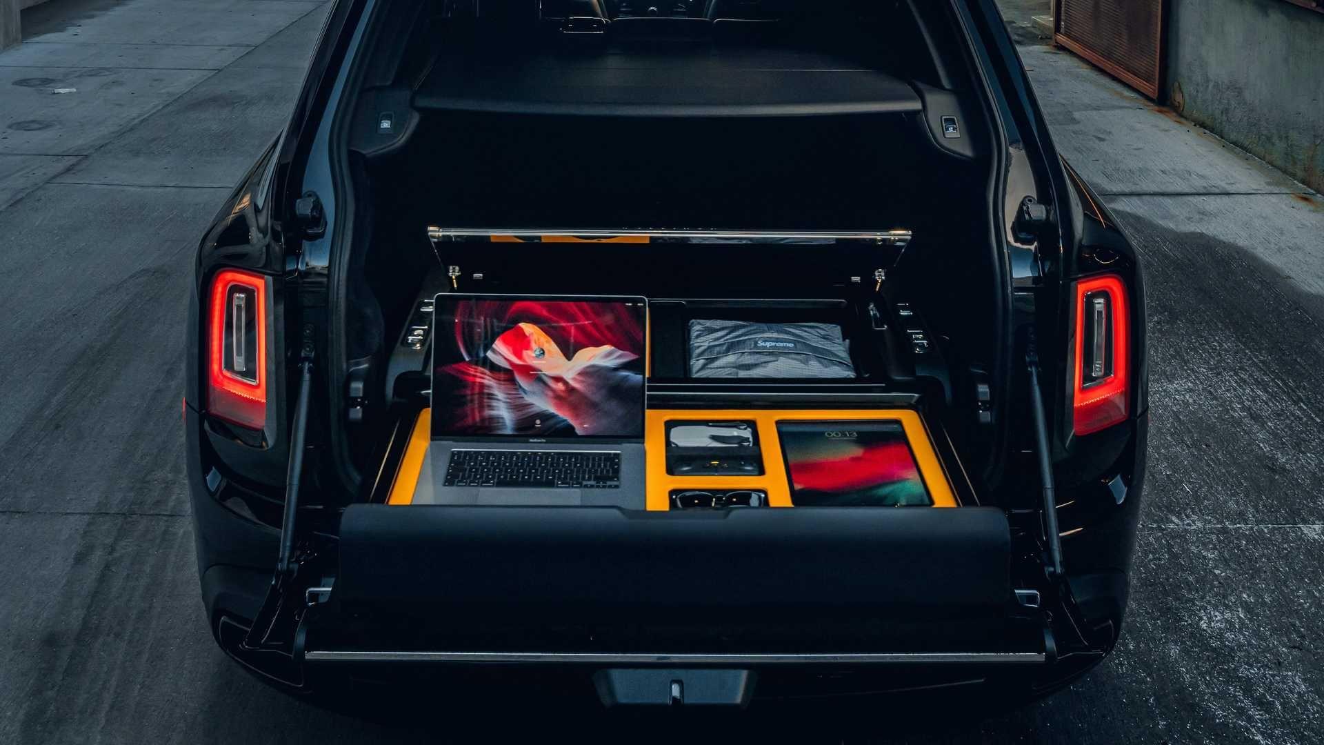 Rolls-Royce-Cullinan-Recreation-Module-2