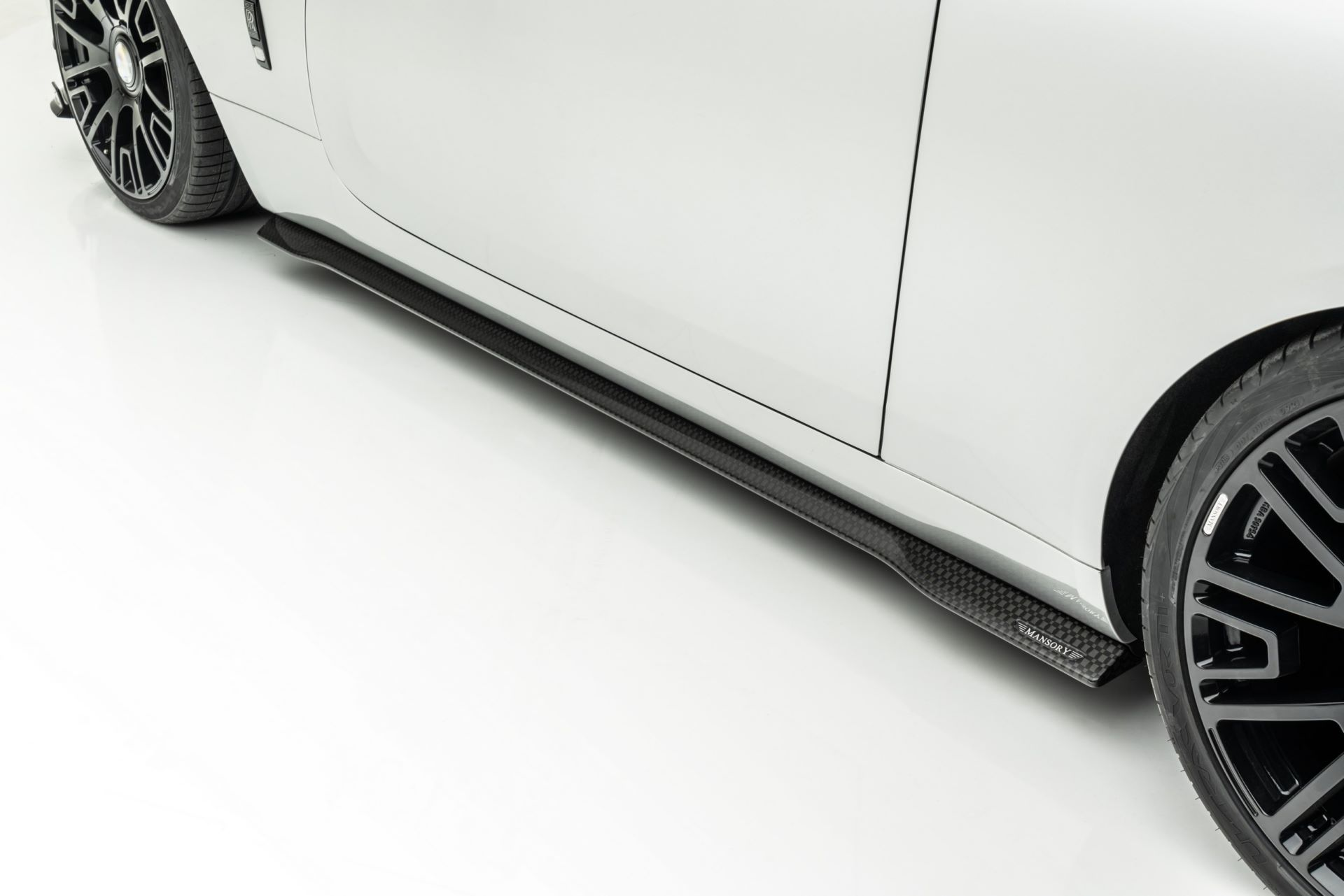 Rolls-Royce-Dawn-Silver-Bullet-Softkit-By-Mansory-11