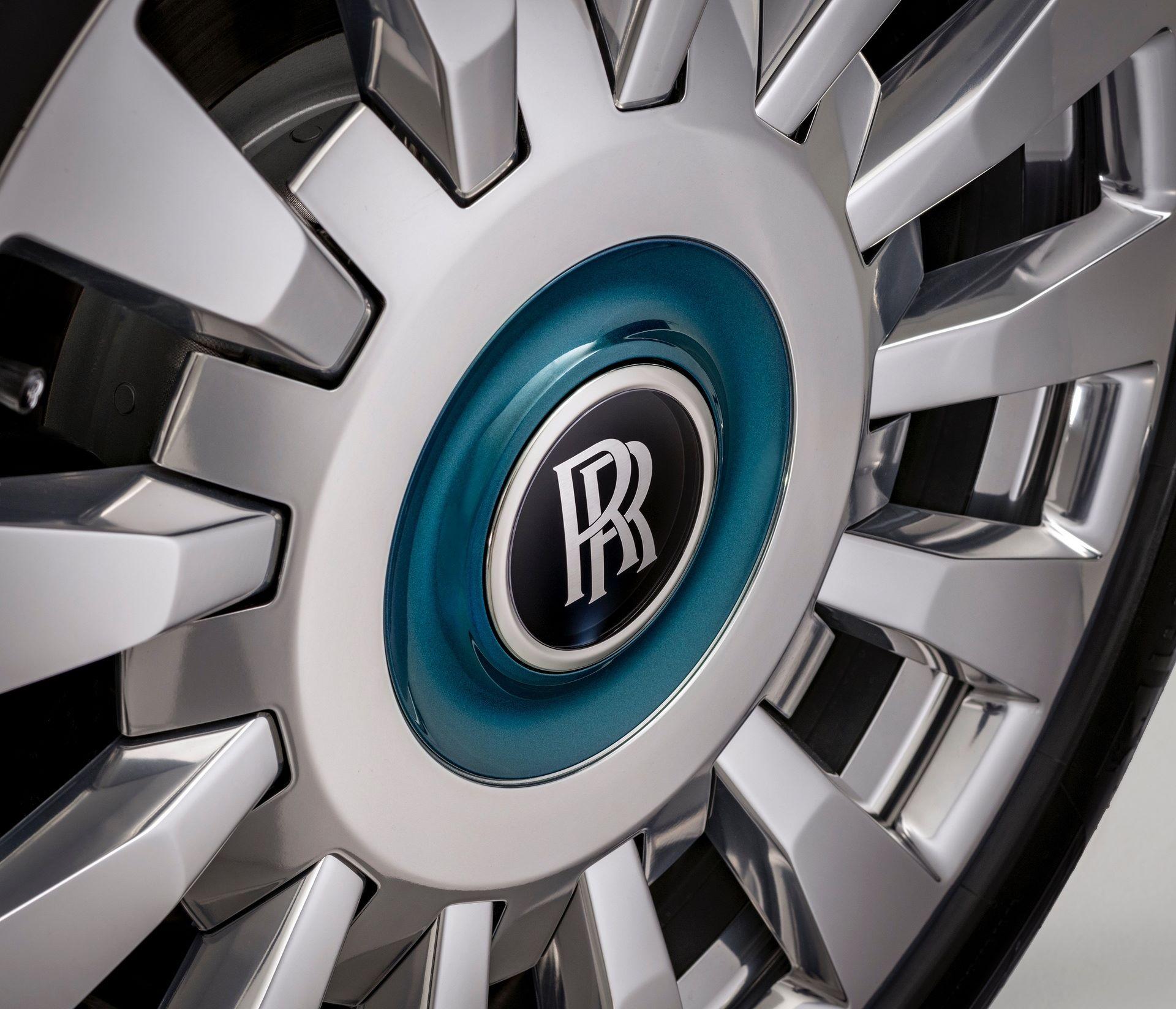 Rolls-Royce-Phantom-Iridescent-Opulence-12