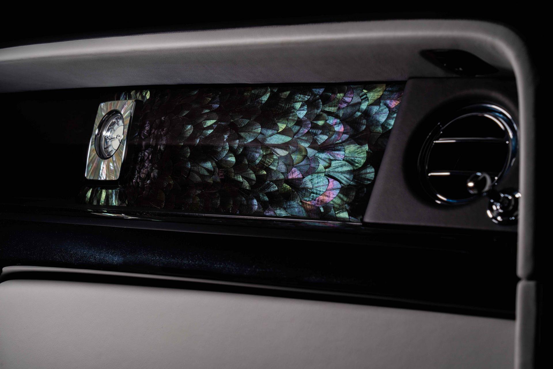 Rolls-Royce-Phantom-Iridescent-Opulence-4
