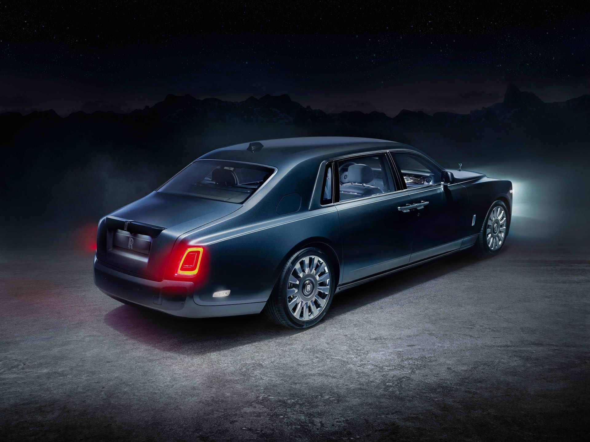 Rolls-Royce-Phantom-Tempus-Collection-1