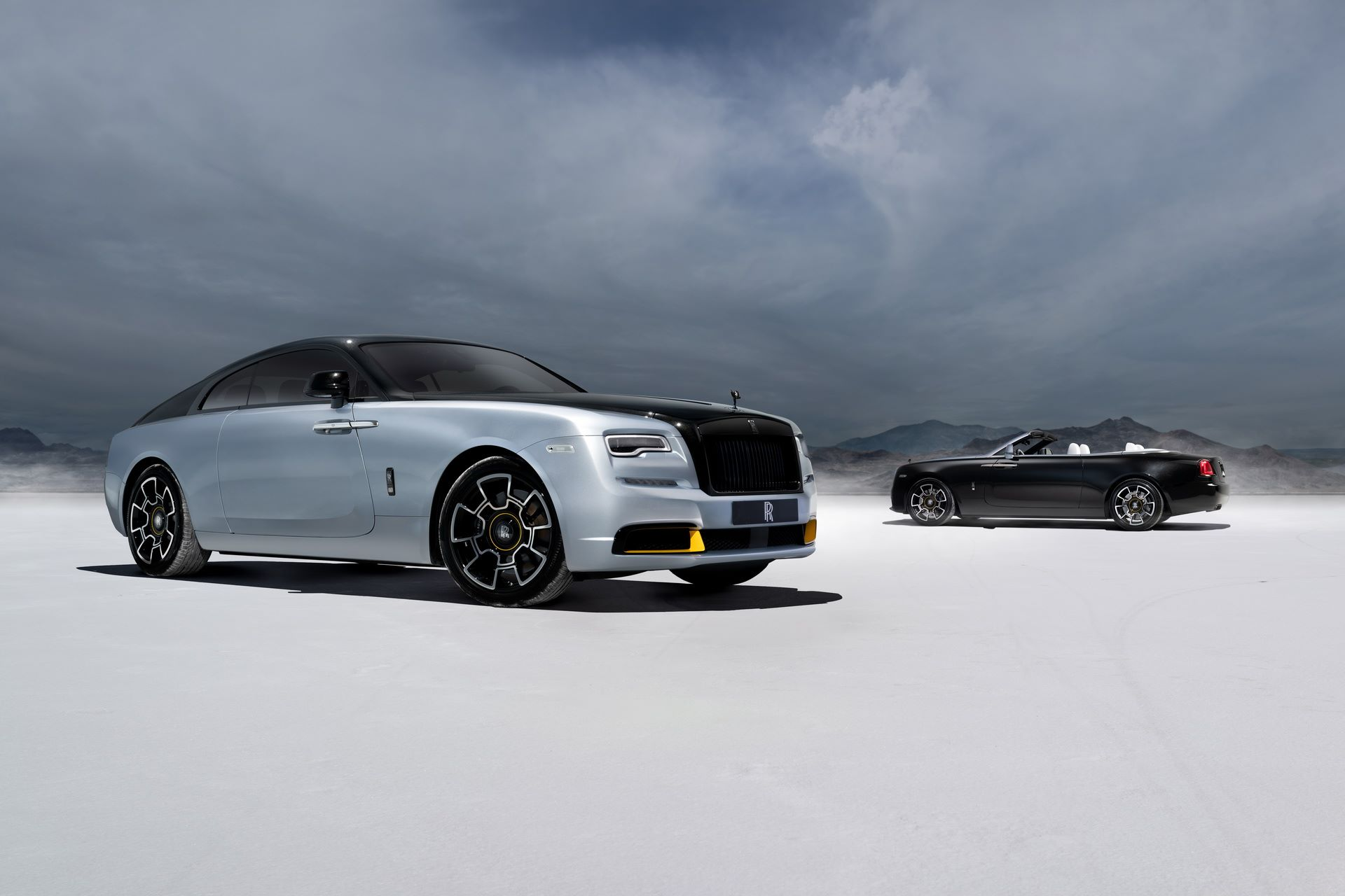 Rolls-Royce-Wraith-and-Dawn-Black-Badge-Landspeed-Collection-1