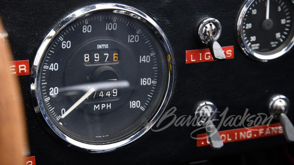 Shelby-Cobra-427-Super-Snake-1966-Carroll-Shelby-9