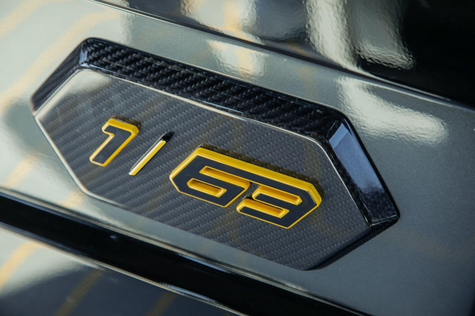 Tecnomar-Lamborghini-63-Yacht-41
