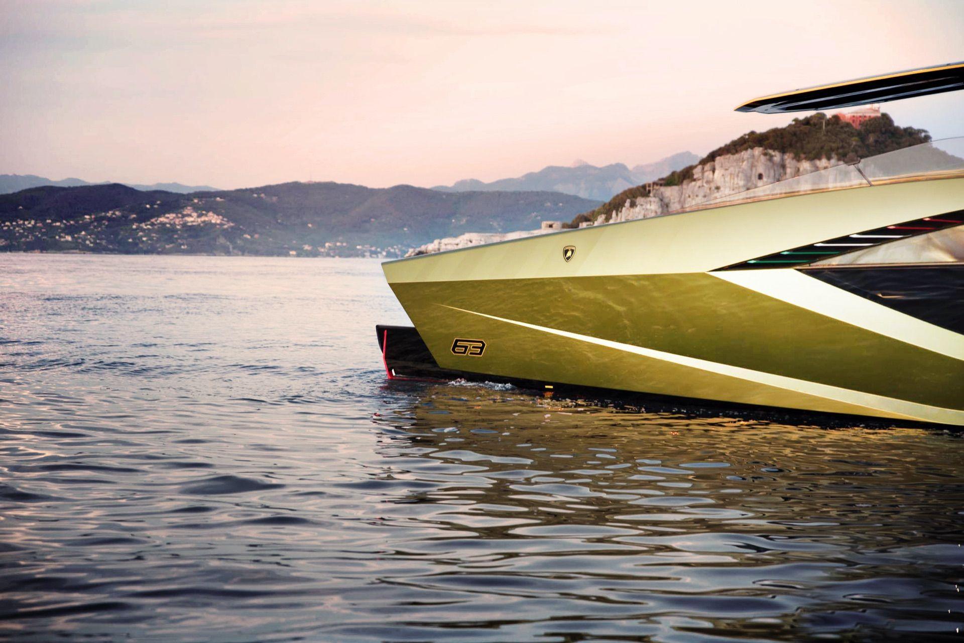 Tecnomar-Lamborghini-63-Yacht-9