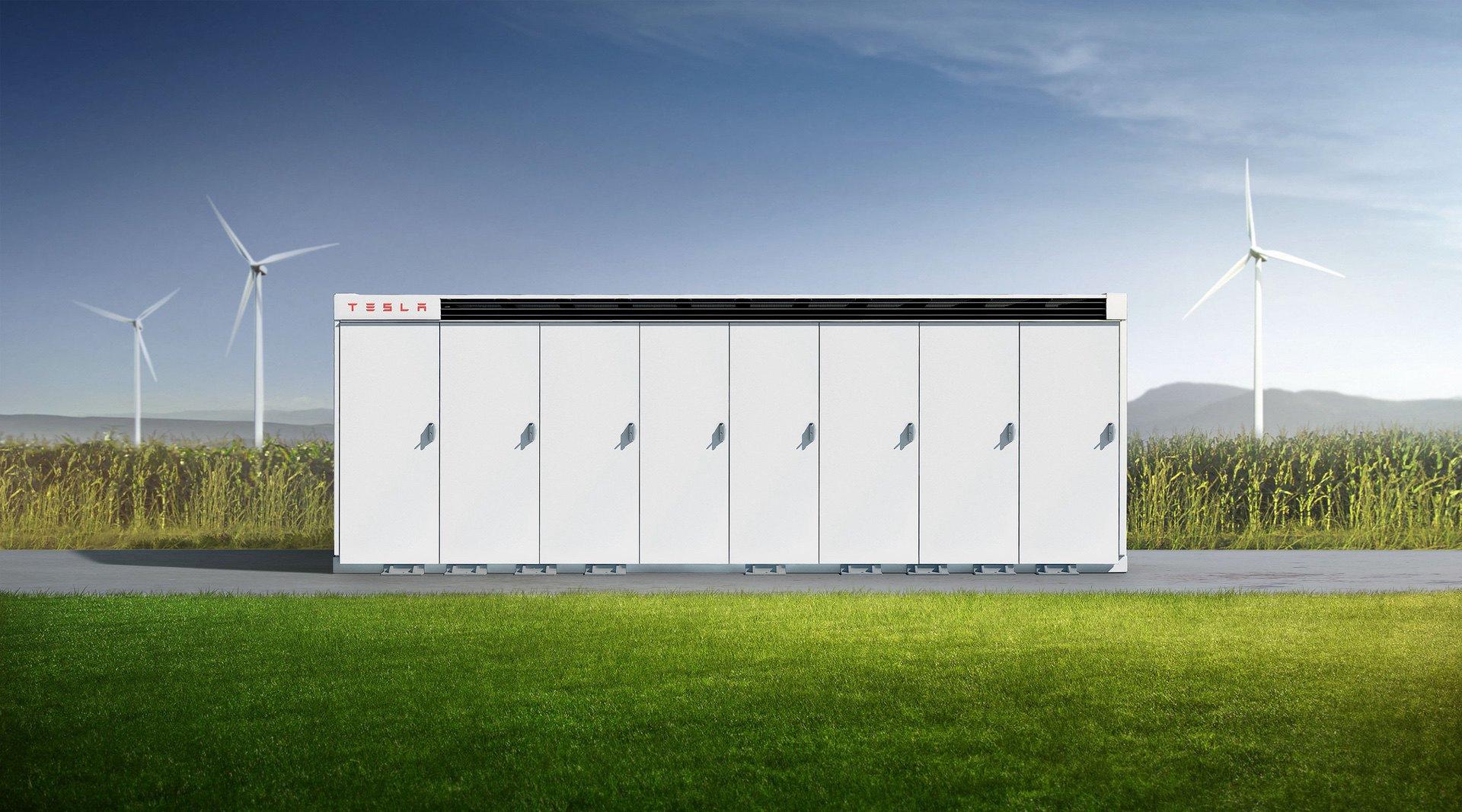 Tesla_Megafactory-0000