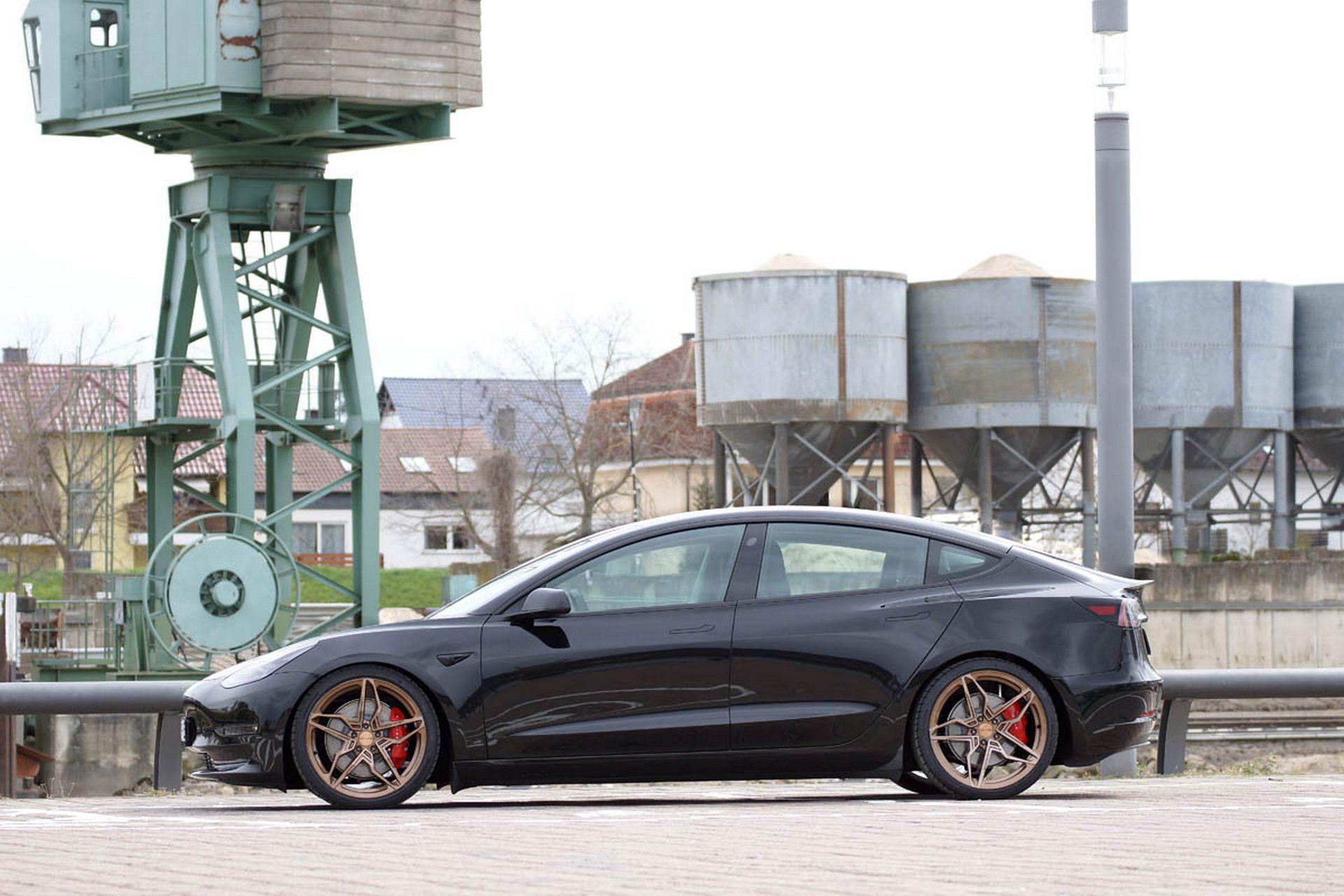 Tesla_Model_3_Performance_Senner_Tuning-0002
