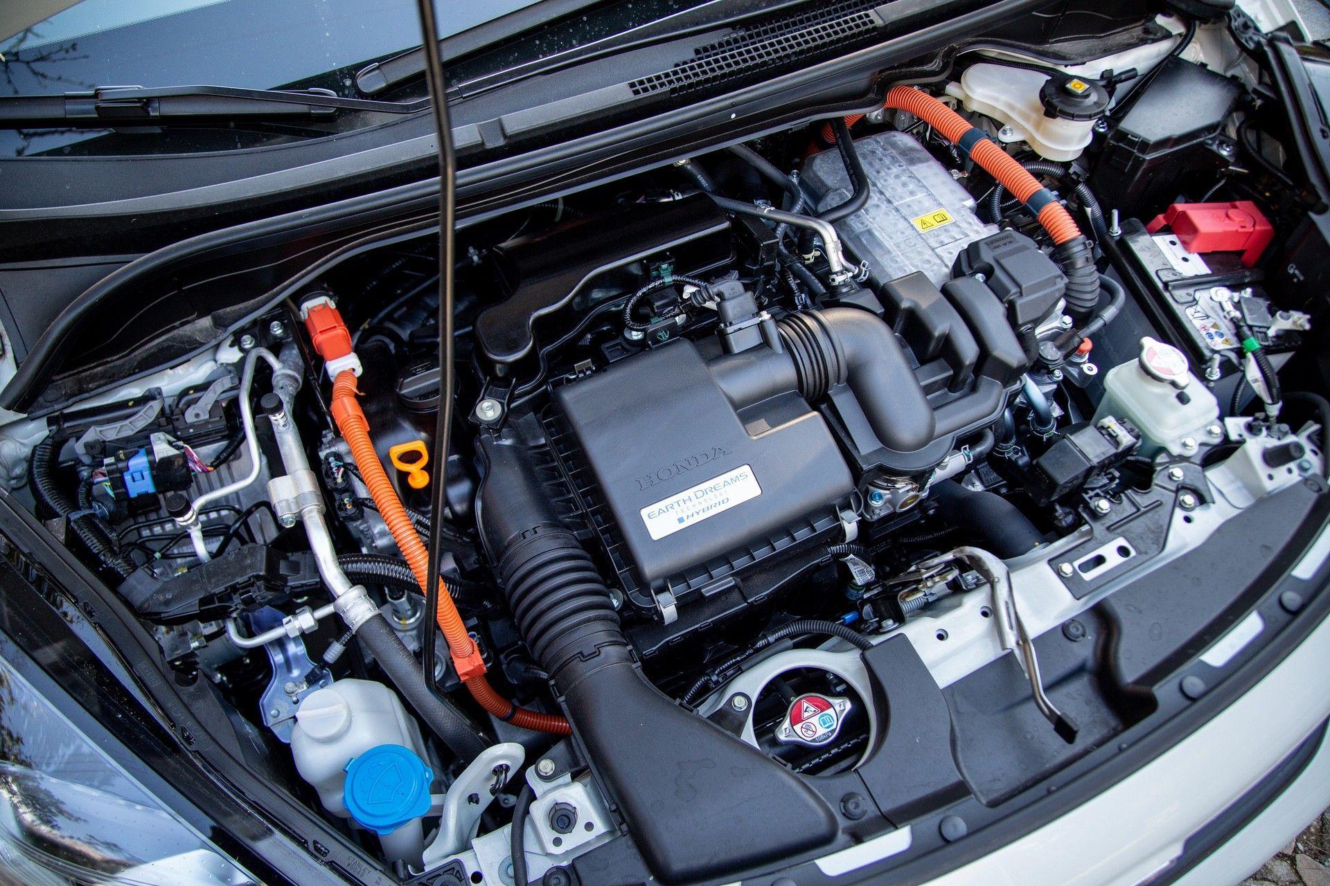 Test_Drive_Honda_Jazz_hybrid_2021_0014