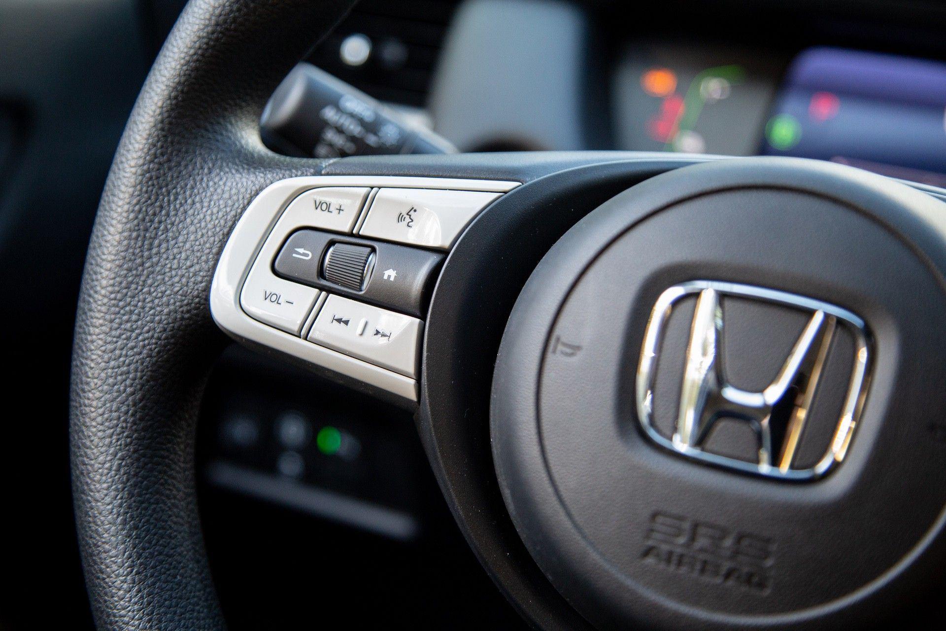 Test_Drive_Honda_Jazz_hybrid_2021_0033
