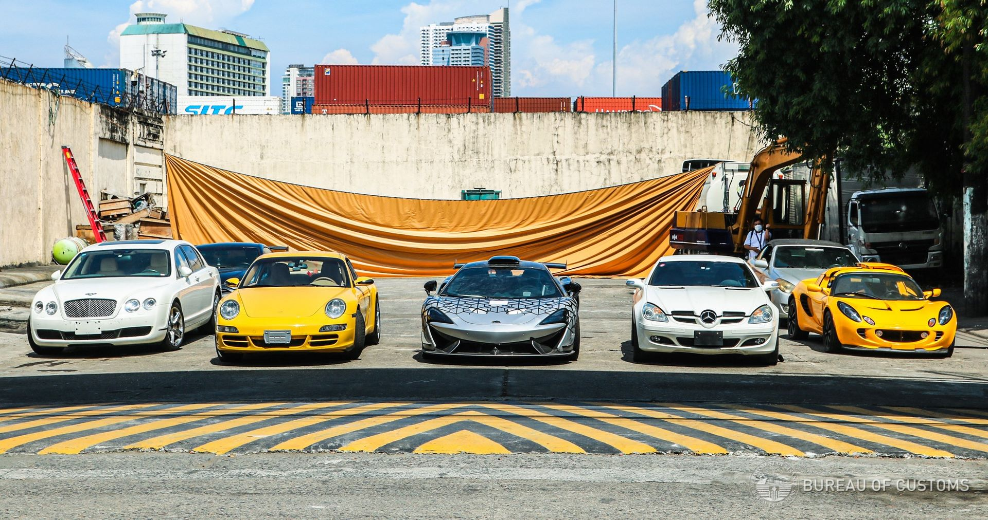 the-philippines-destroys-illegally-imported-cars-7