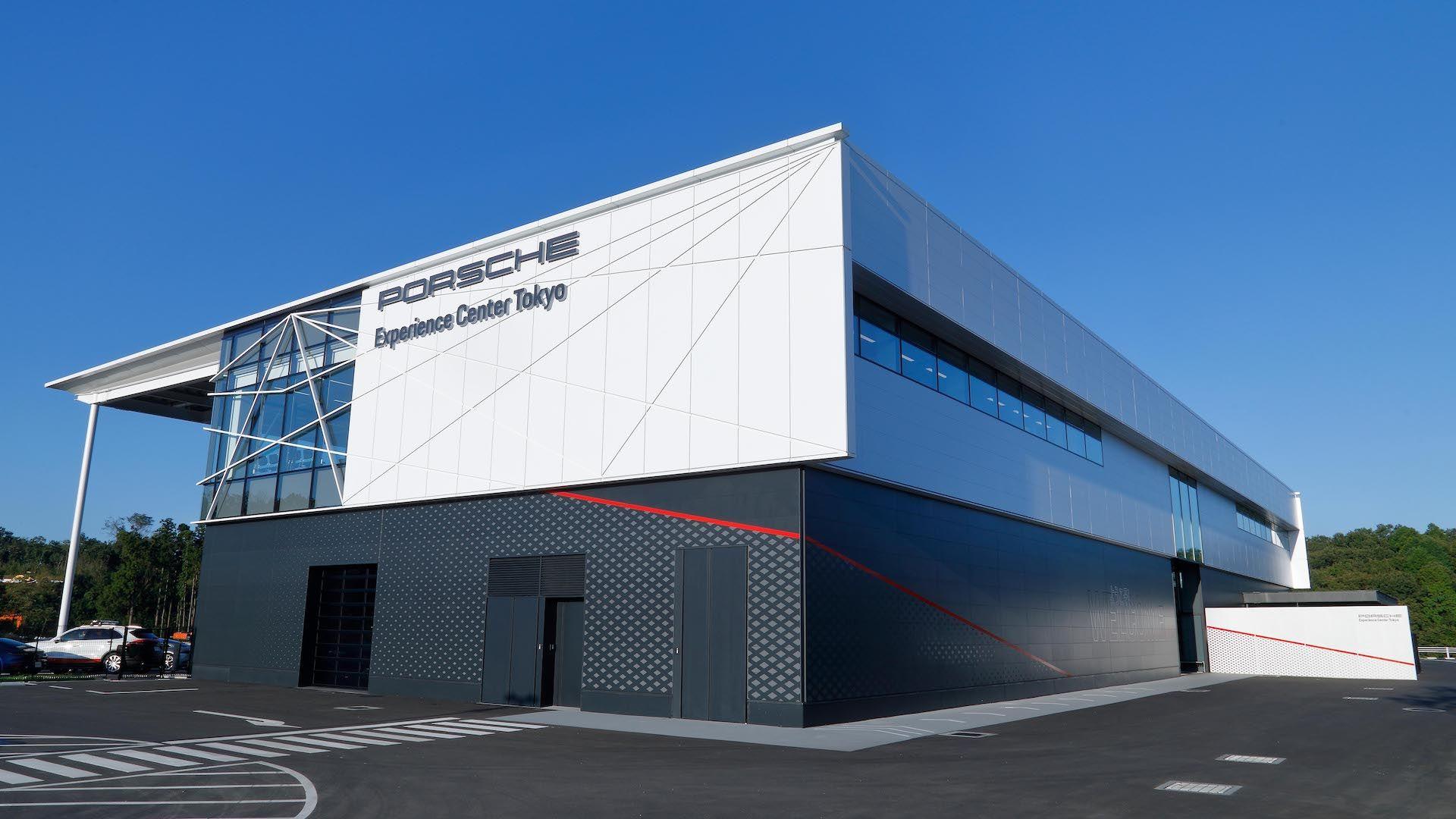 Tokyo-Porsche-Experience-Center-6