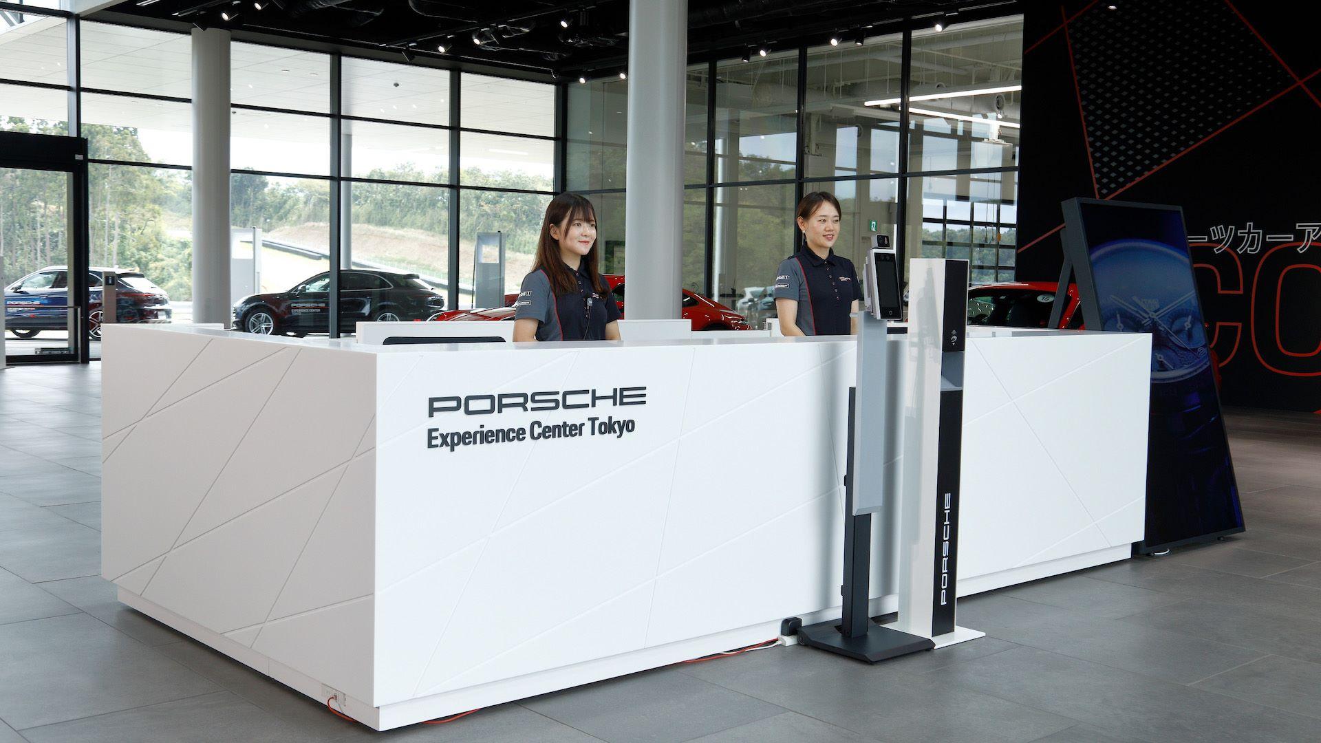 Tokyo-Porsche-Experience-Center-8