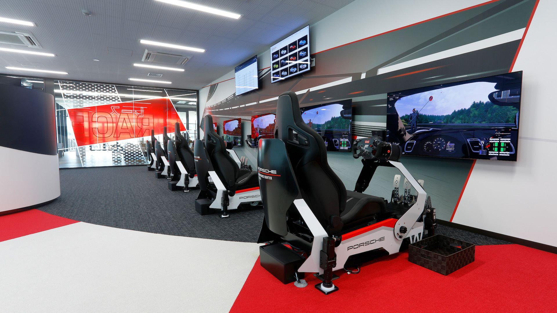 Tokyo-Porsche-Experience-Center-9