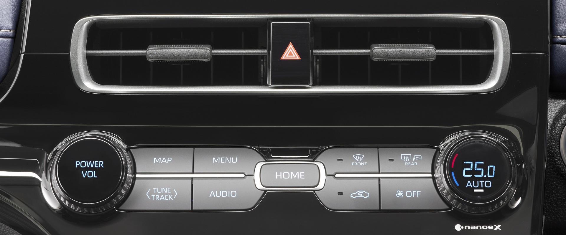 2022-Toyota-Aqua-15
