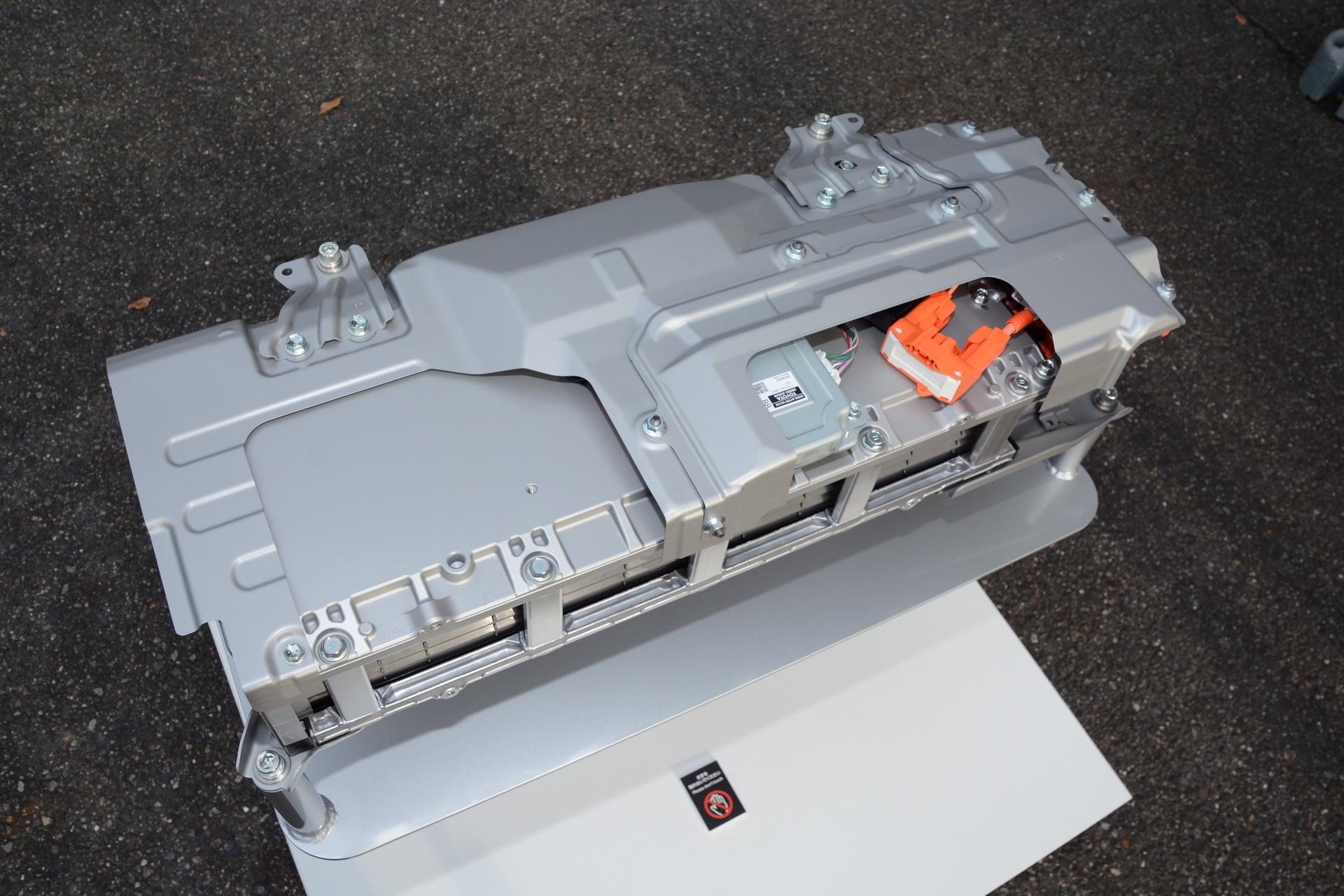 2022-Toyota-Aqua-64