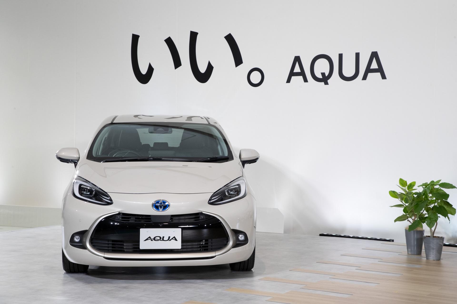 2022-Toyota-Aqua-68