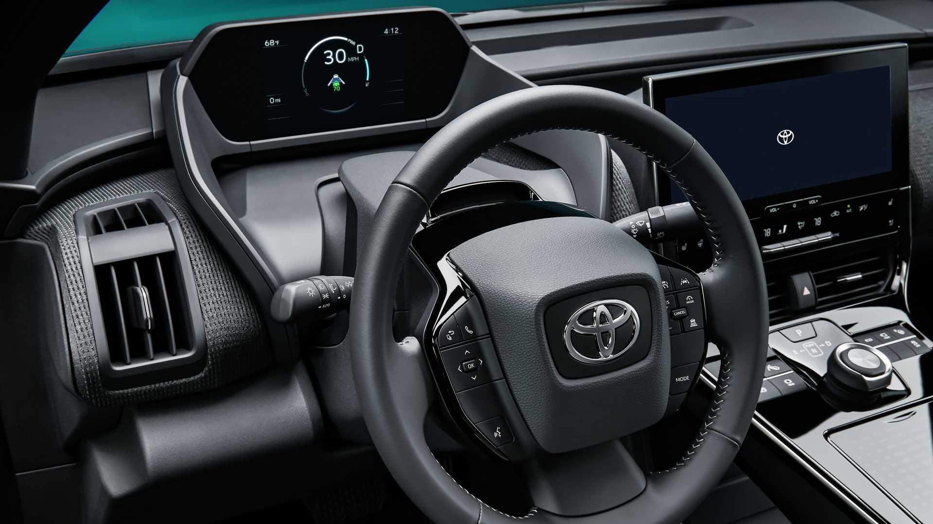 2022_Toyota_bZ4X-0018