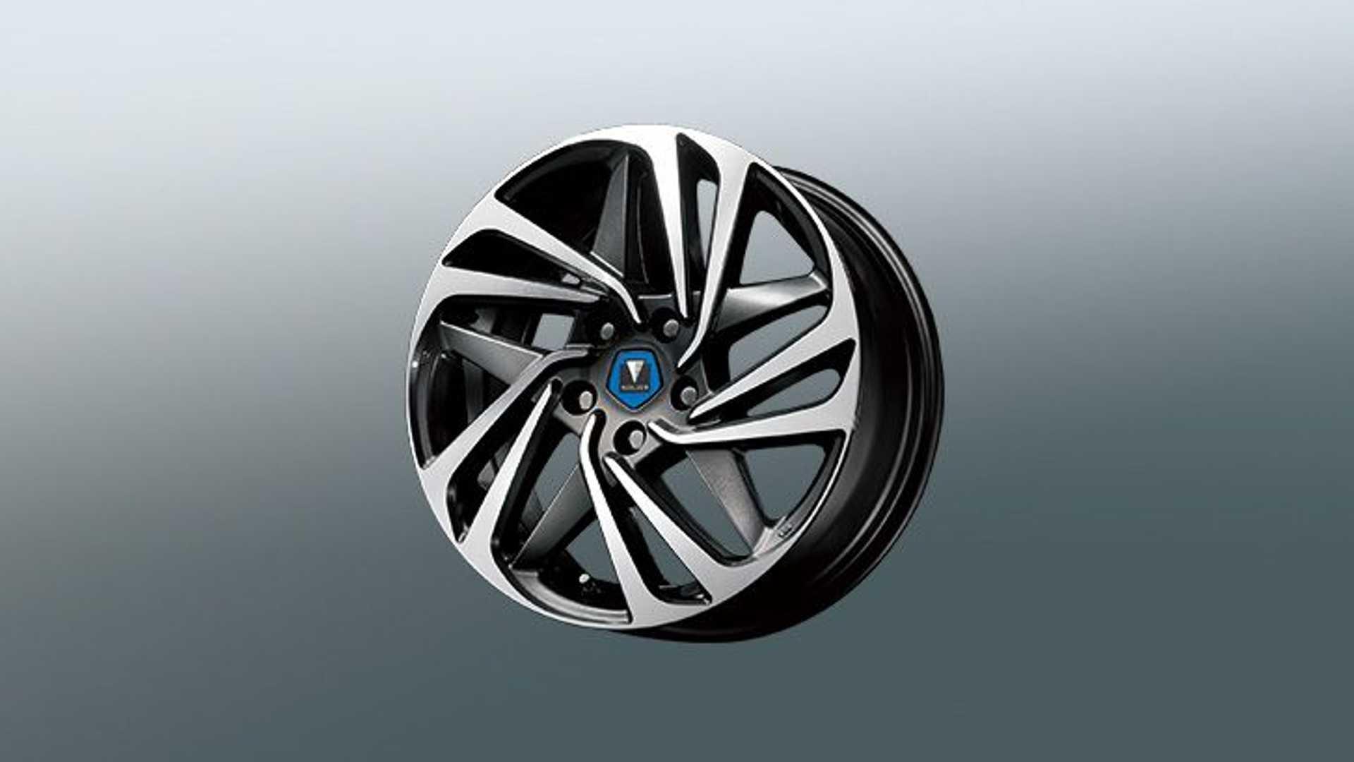 toyota-camry-modellista-17-inch-wheel