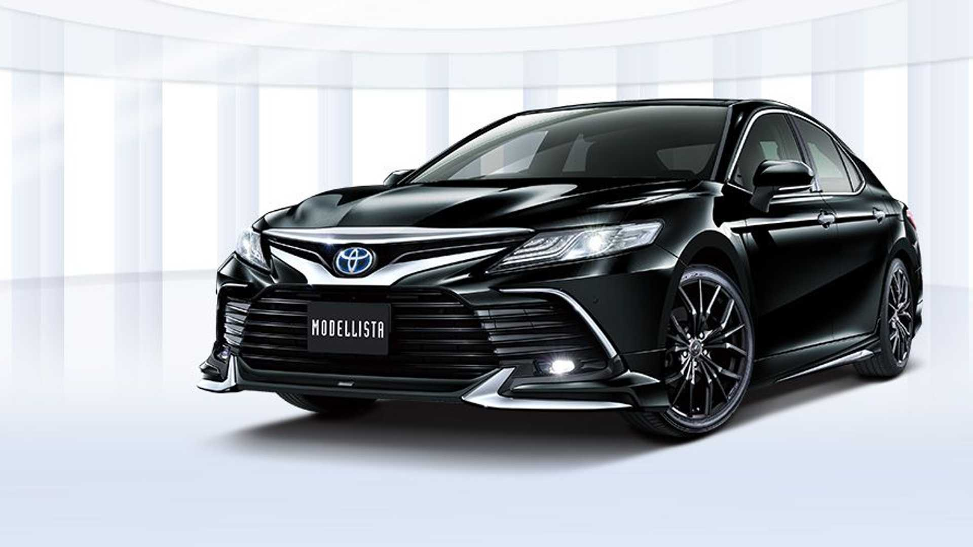 toyota-camry-modellista-black-three-quarters
