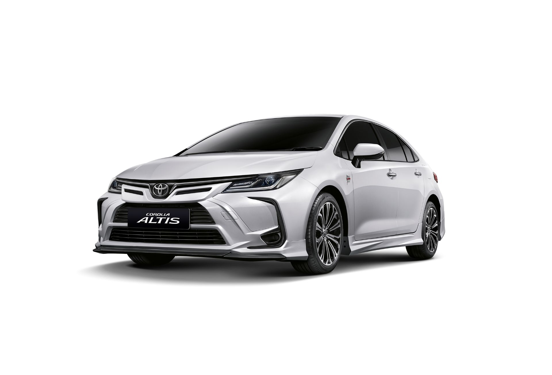 1_Toyota-Corolla-Altis-Nurburgring-Edition-1