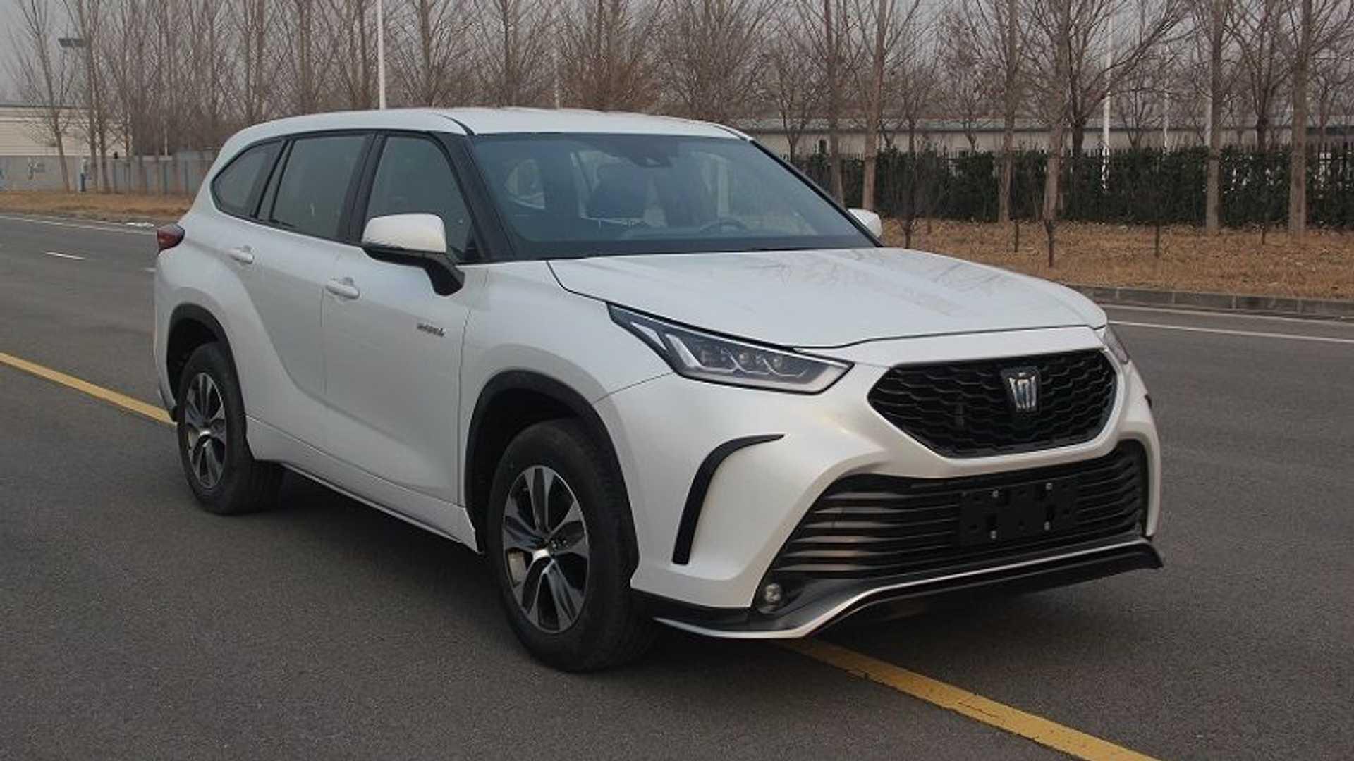 Toyota-Crown-Kugler-SUV-2