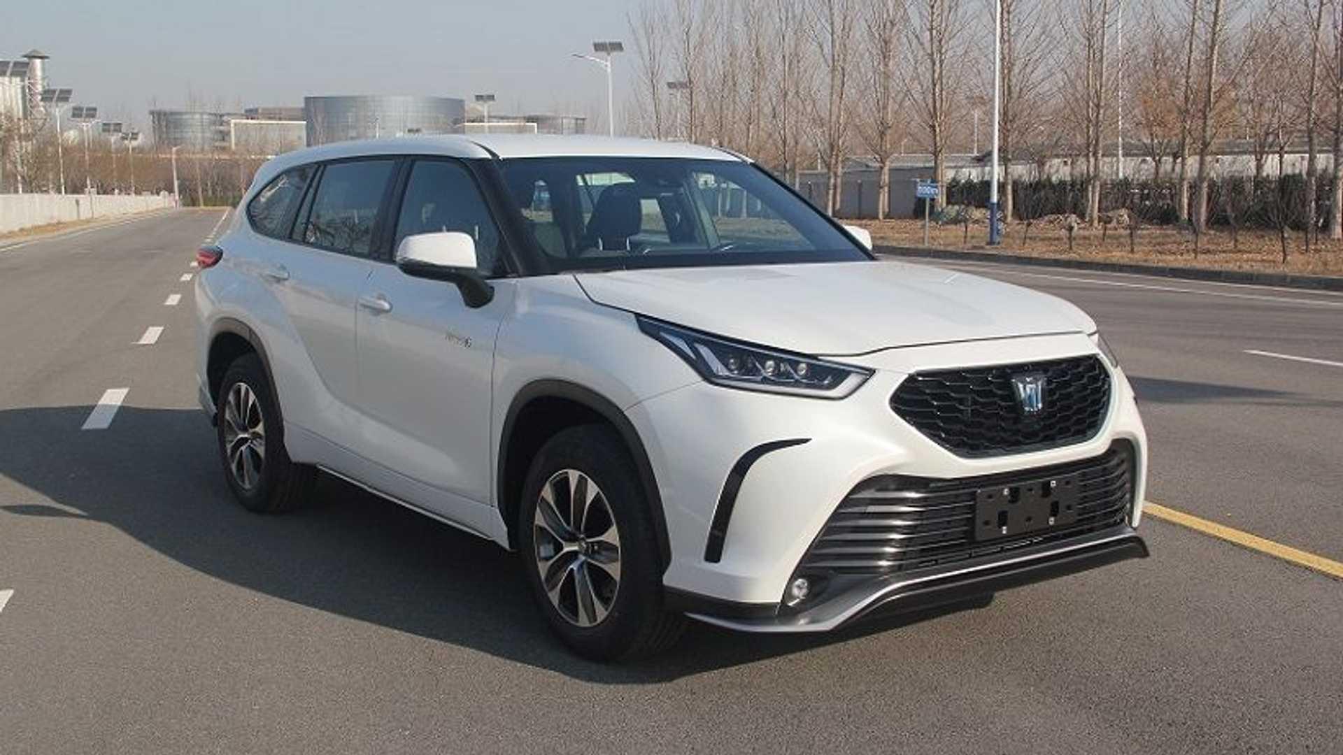 Toyota-Crown-Kugler-SUV-3