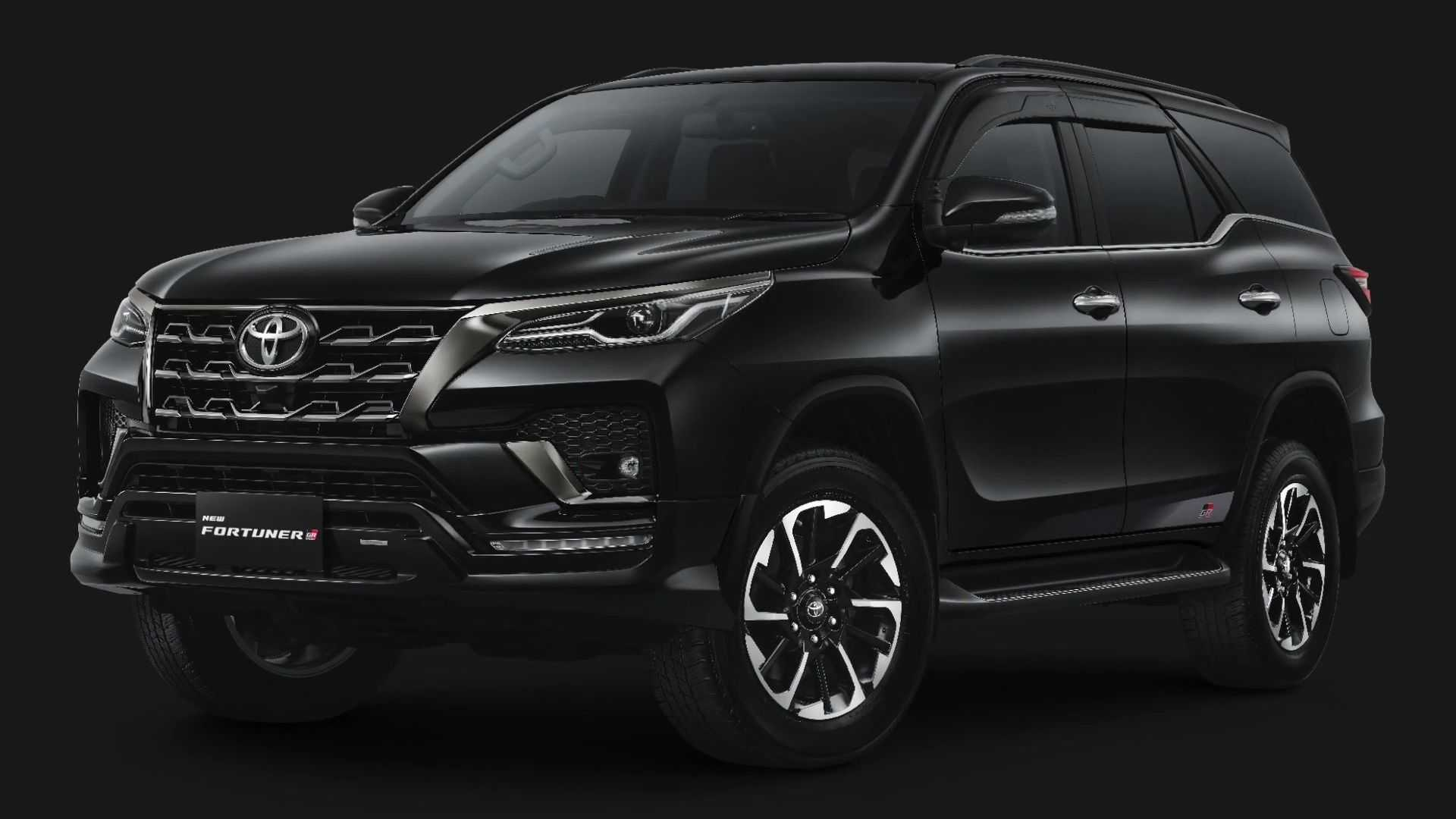 Toyota-Fortuner-GR-Sport-1