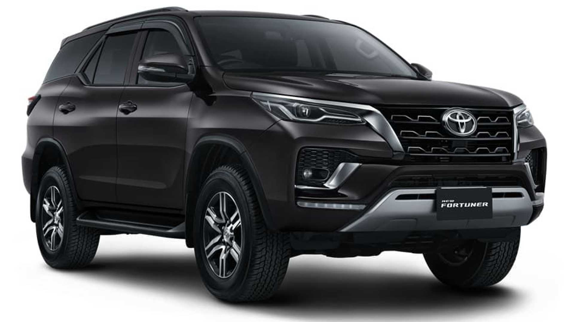 Toyota-Fortuner-GR-Sport-2
