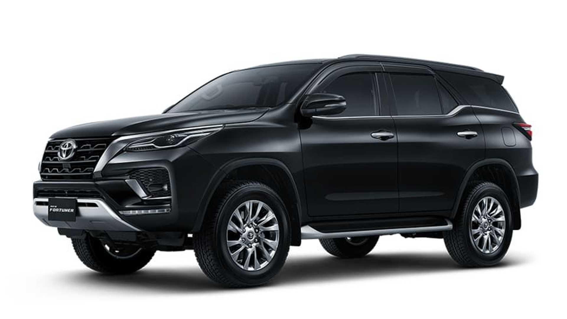 Toyota-Fortuner-GR-Sport-25
