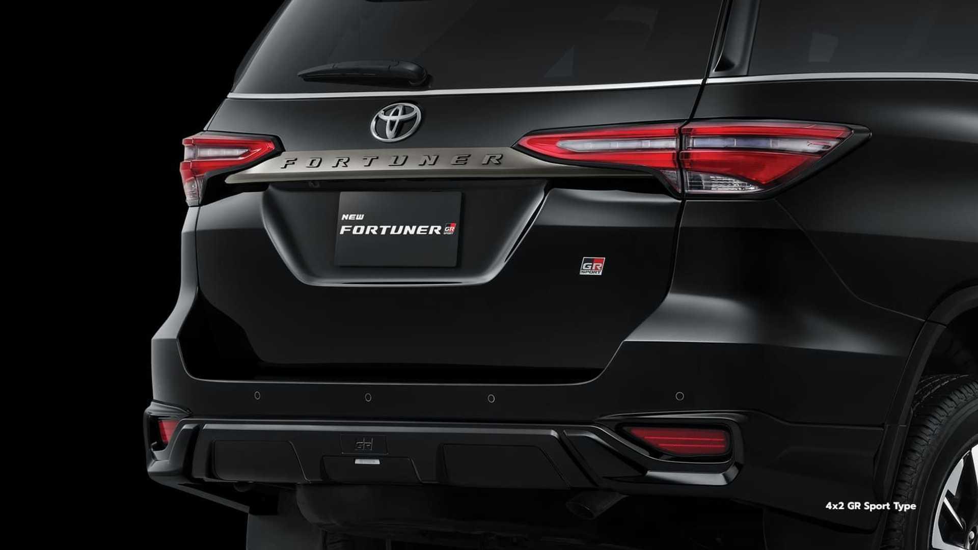 Toyota-Fortuner-GR-Sport-5