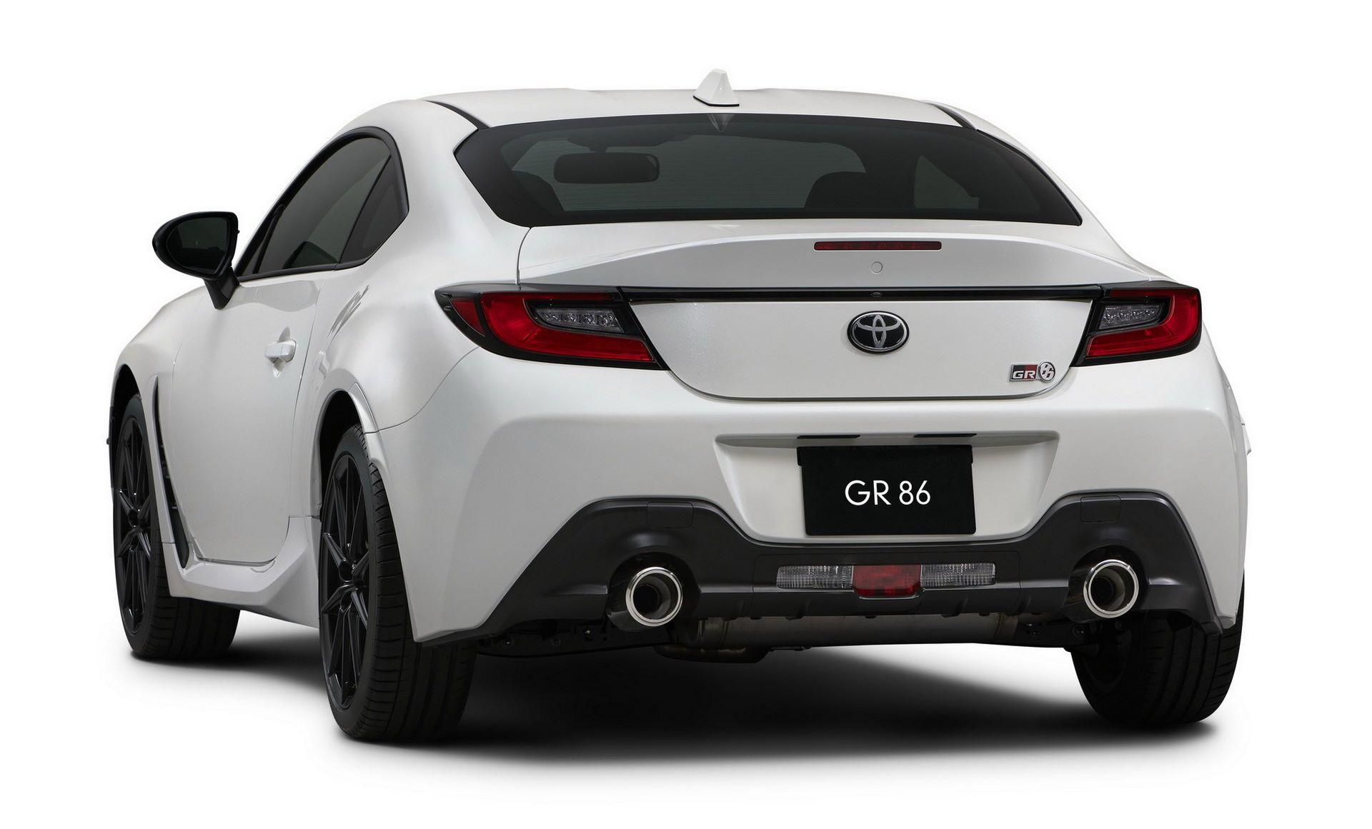 2022-Toyota-GR-86-13-1
