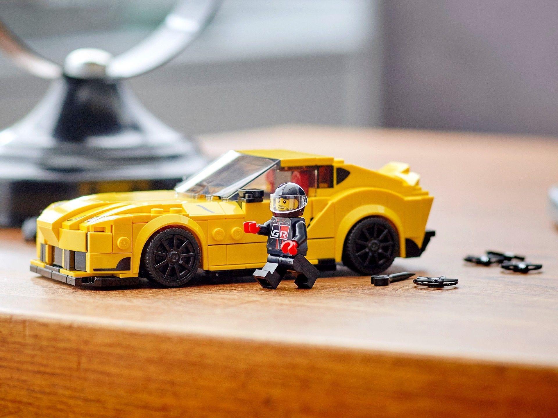 Toyota_GR_Supra_lego-0004