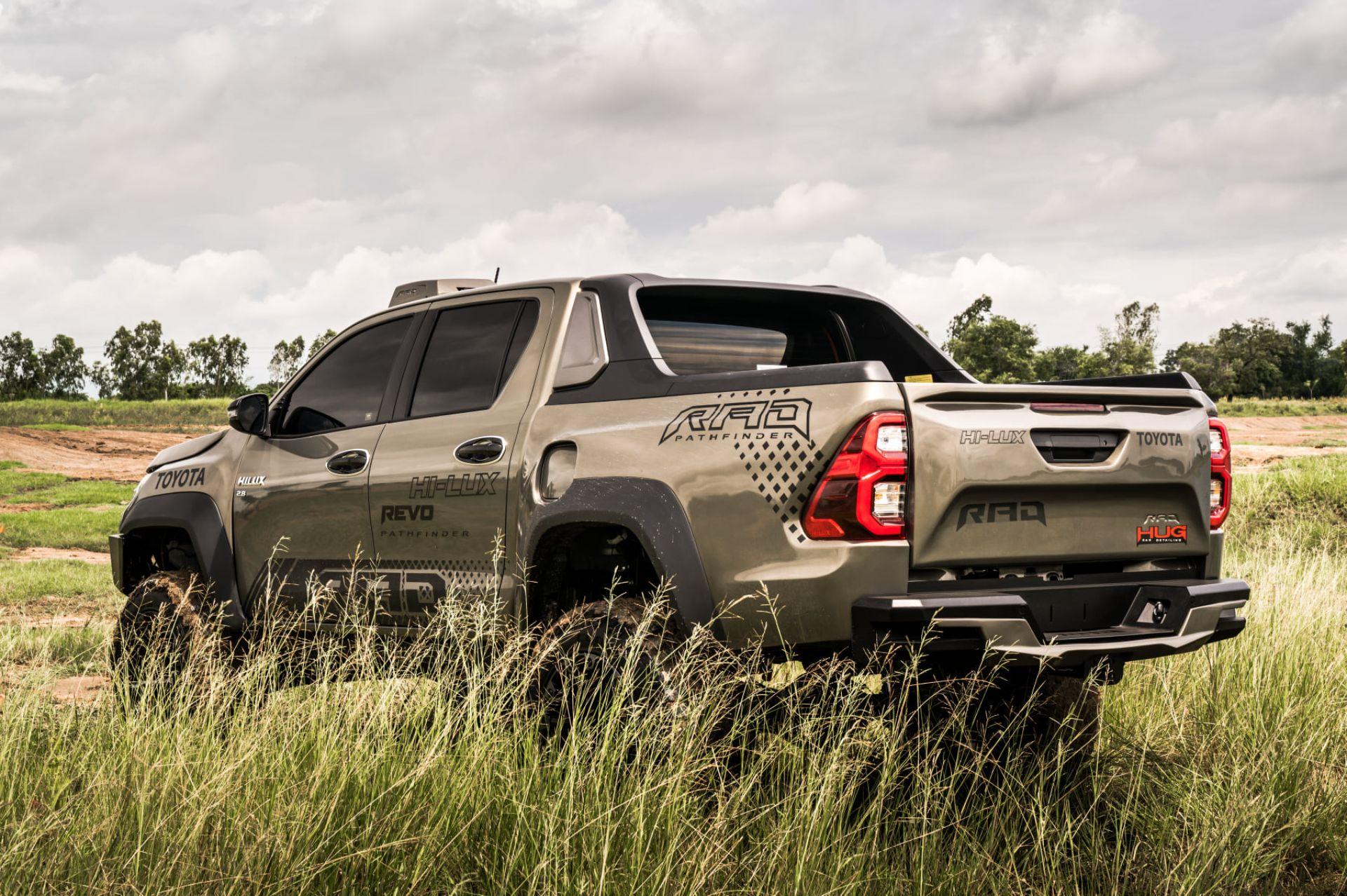 Toyota-Hilux-Pathfinder-by-RAD-9