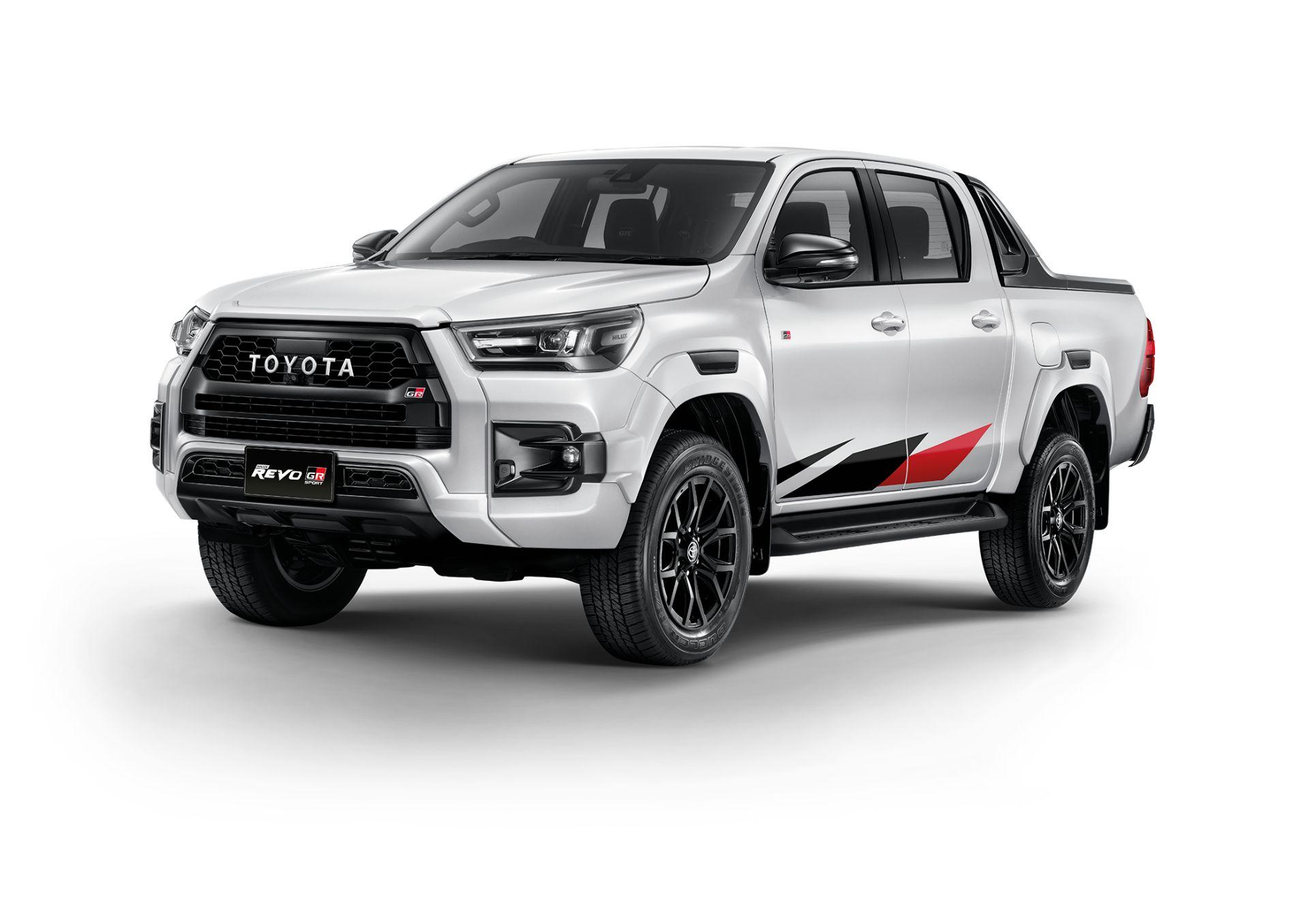 Toyota-Hilux-Revo-GR-Sport-7