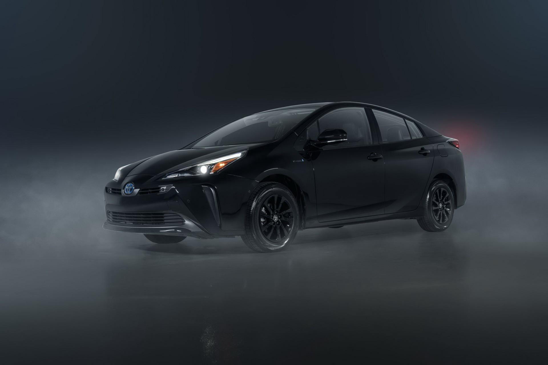 Toyota-Prius-Nightshade-Edition-2