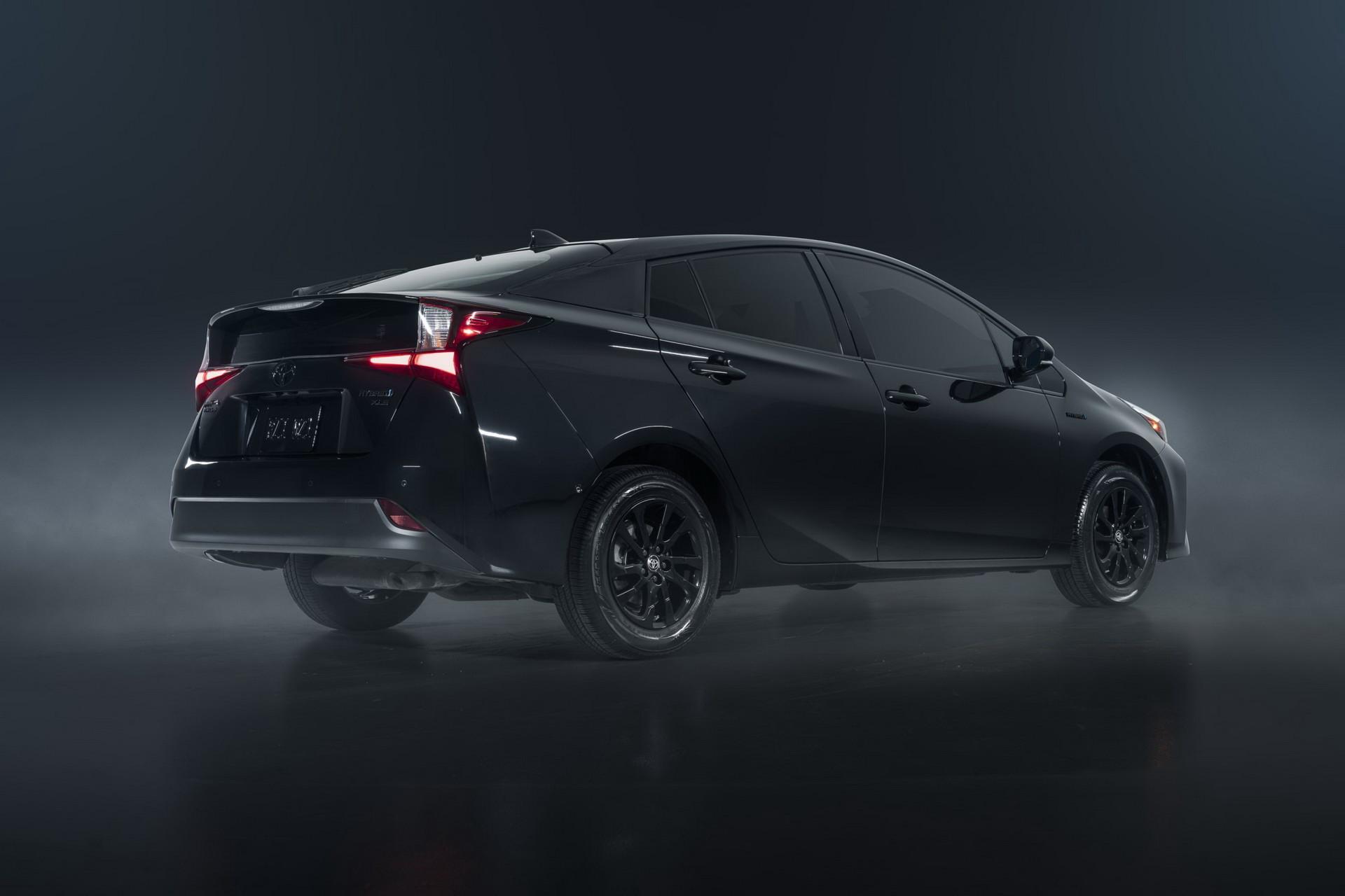 Toyota-Prius-Nightshade-Edition-5