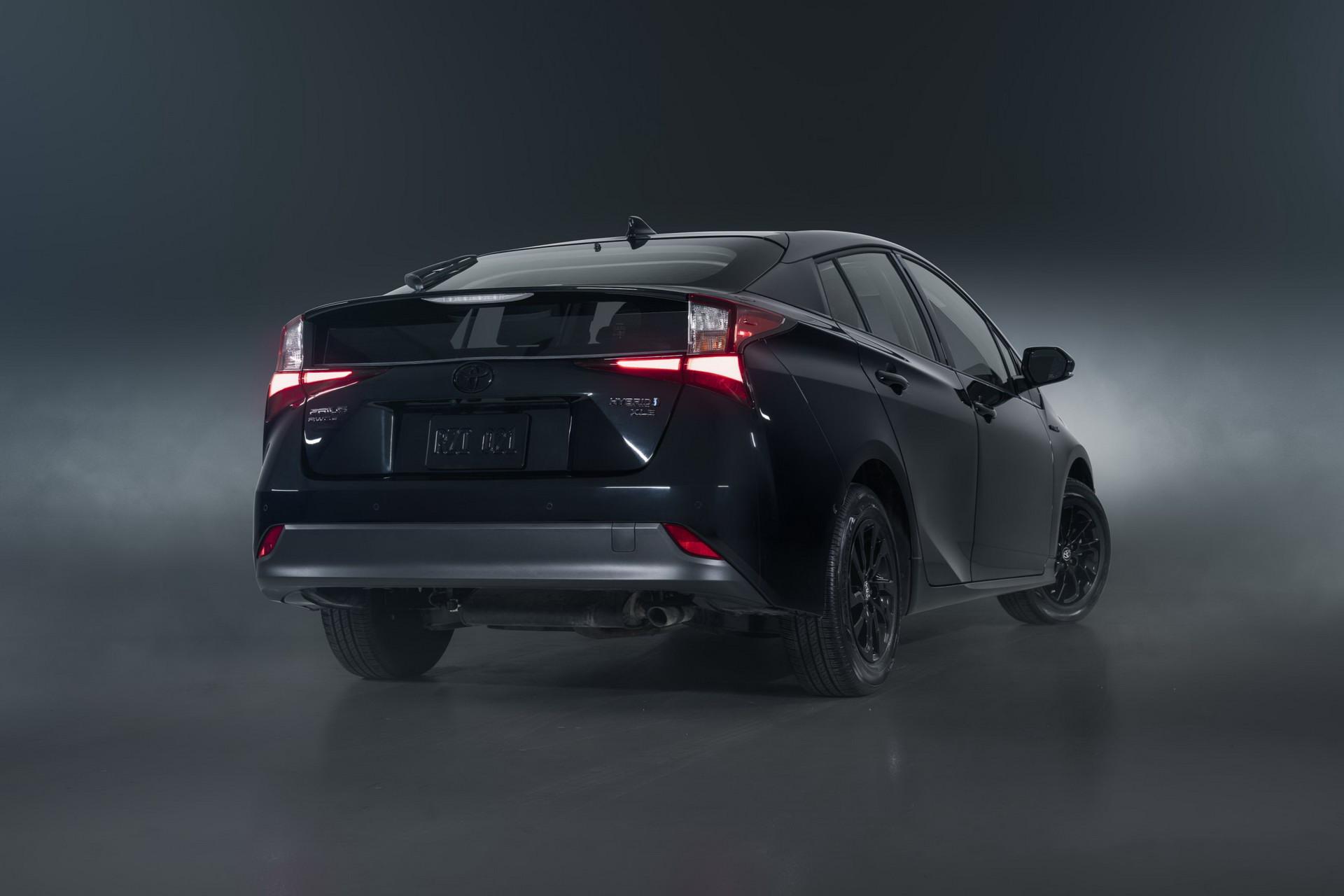 Toyota-Prius-Nightshade-Edition-6