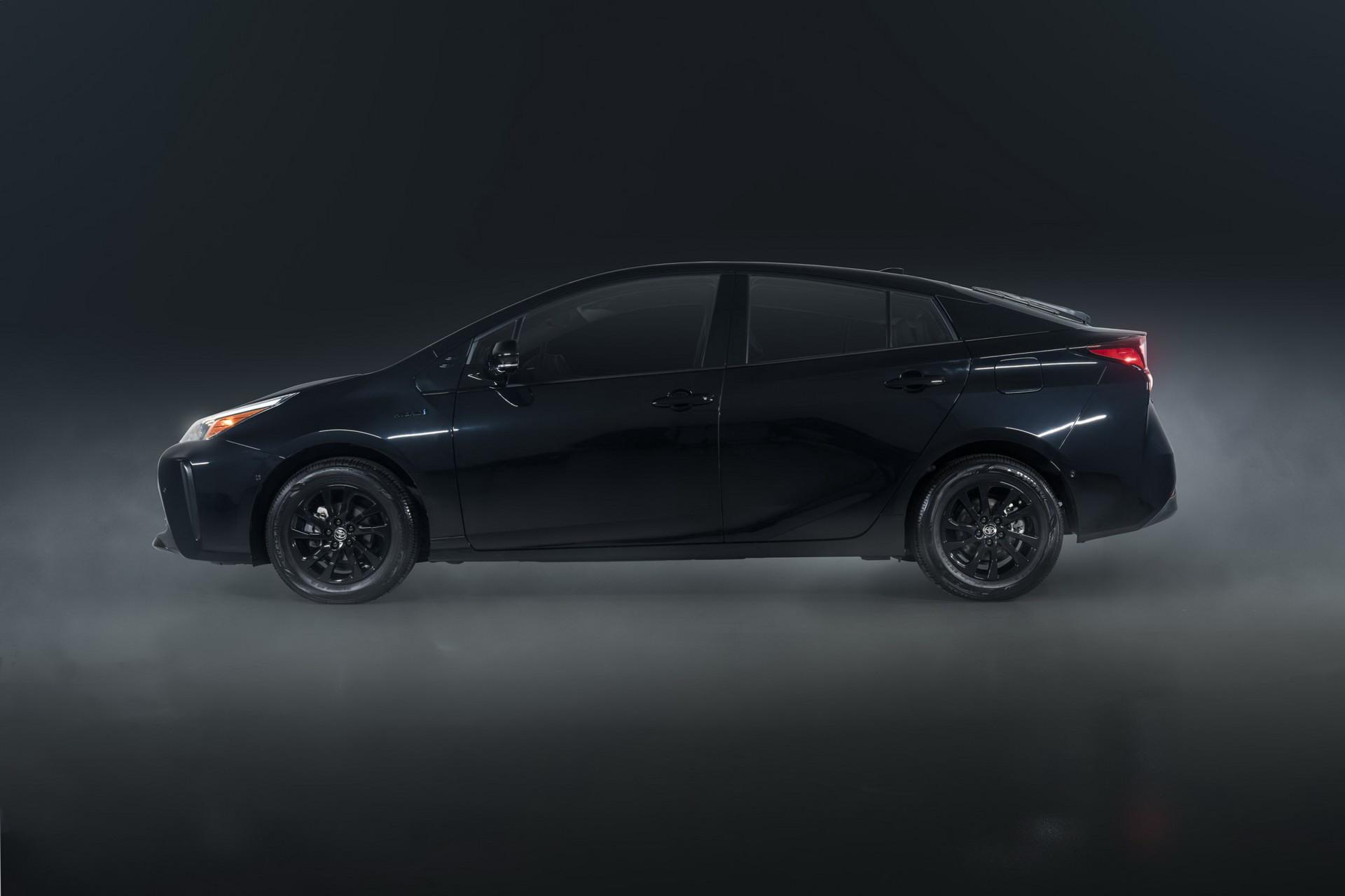 Toyota-Prius-Nightshade-Edition-8