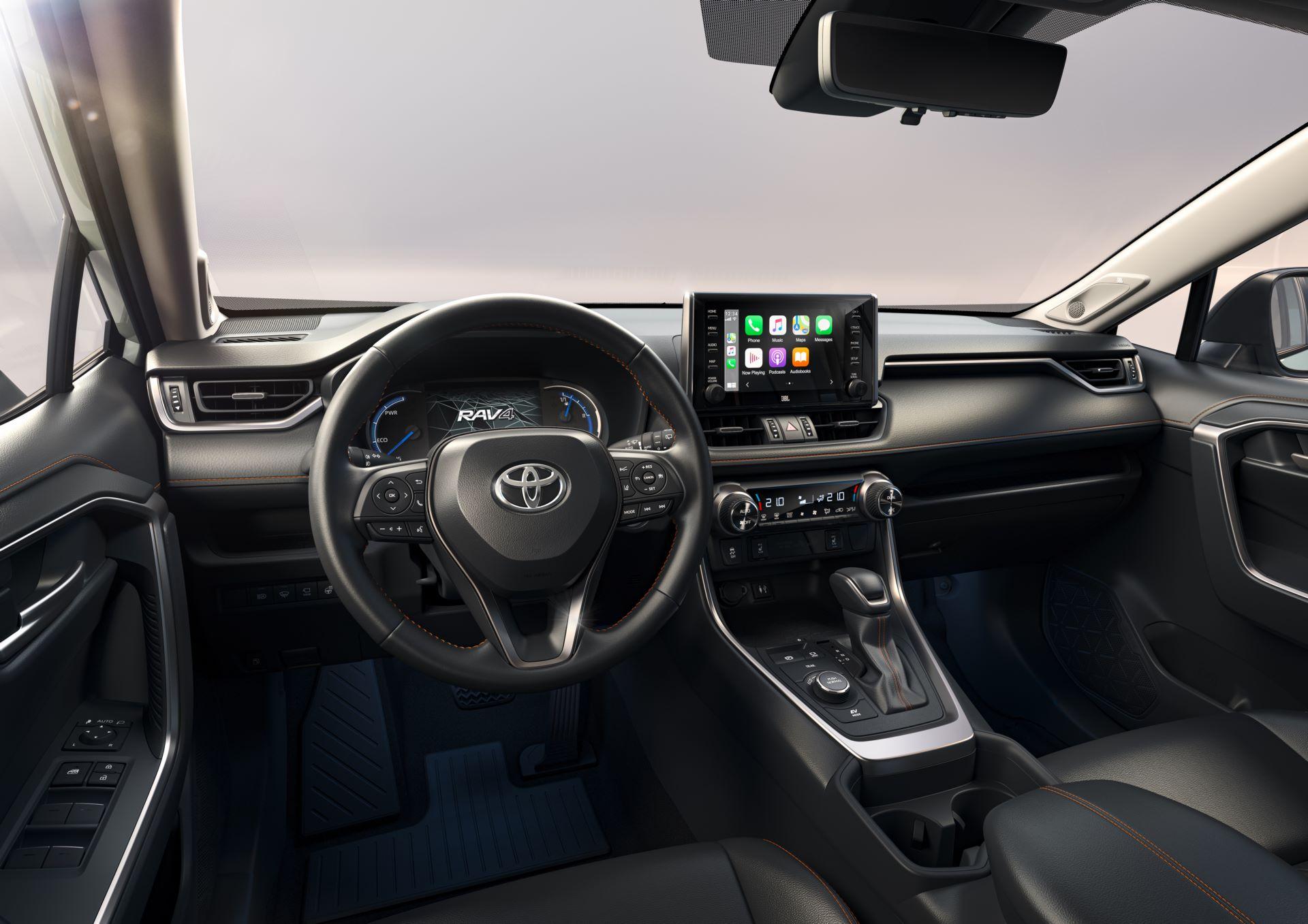 Toyota-RAV4-Adventure-3
